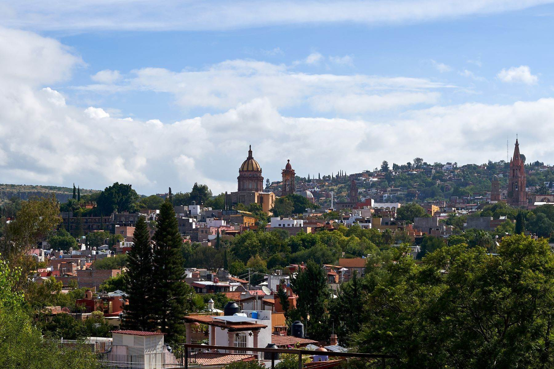 5. Single Family Homes for Sale at Casa Alameda San Miguel De Allende, Guanajuato 37750 Mexico