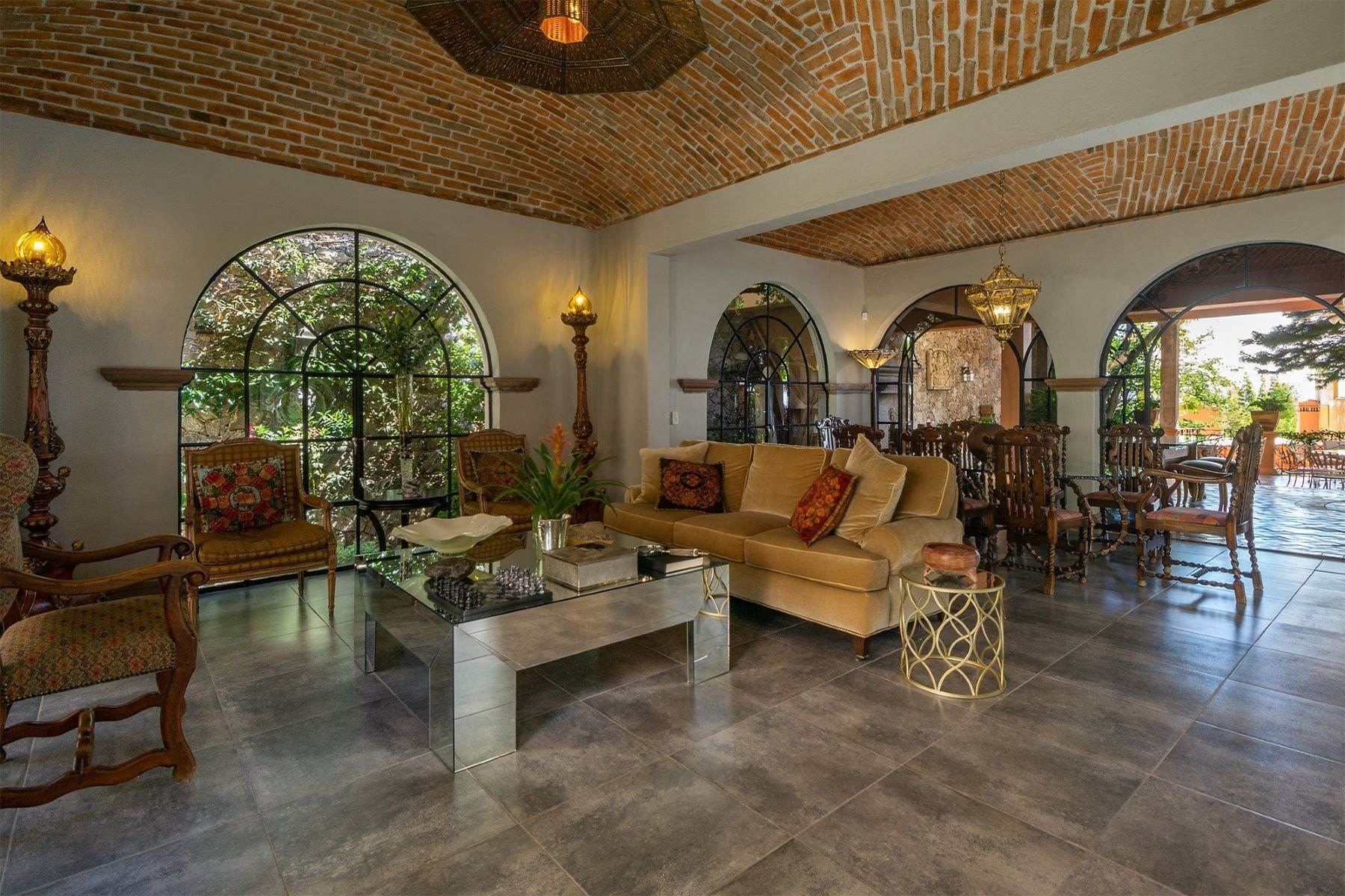 5. Single Family Homes for Sale at Casa Alegre Montitlan San Miguel De Allende, Guanajuato 37720 Mexico