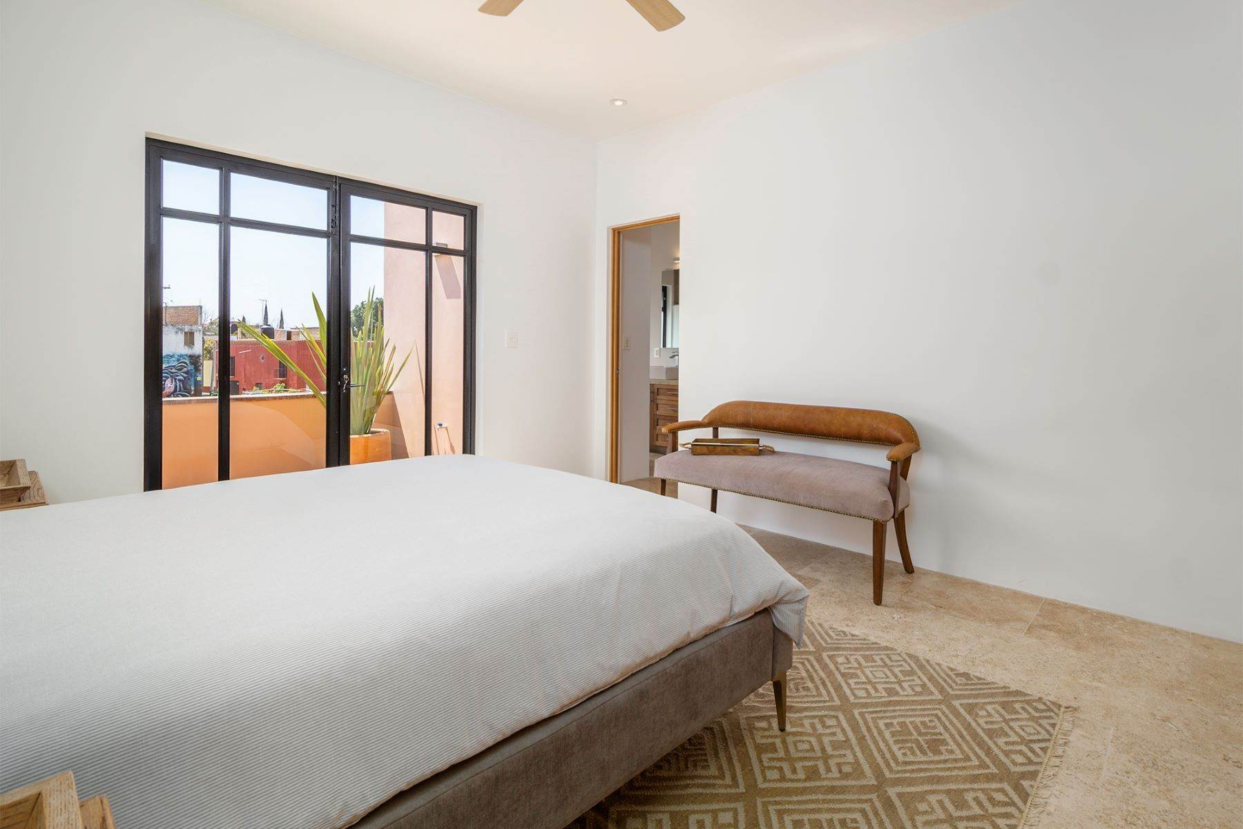 10. Single Family Homes for Sale at Aurora Twelve Guadalupe, San Miguel De Allende, Guanajuato Mexico