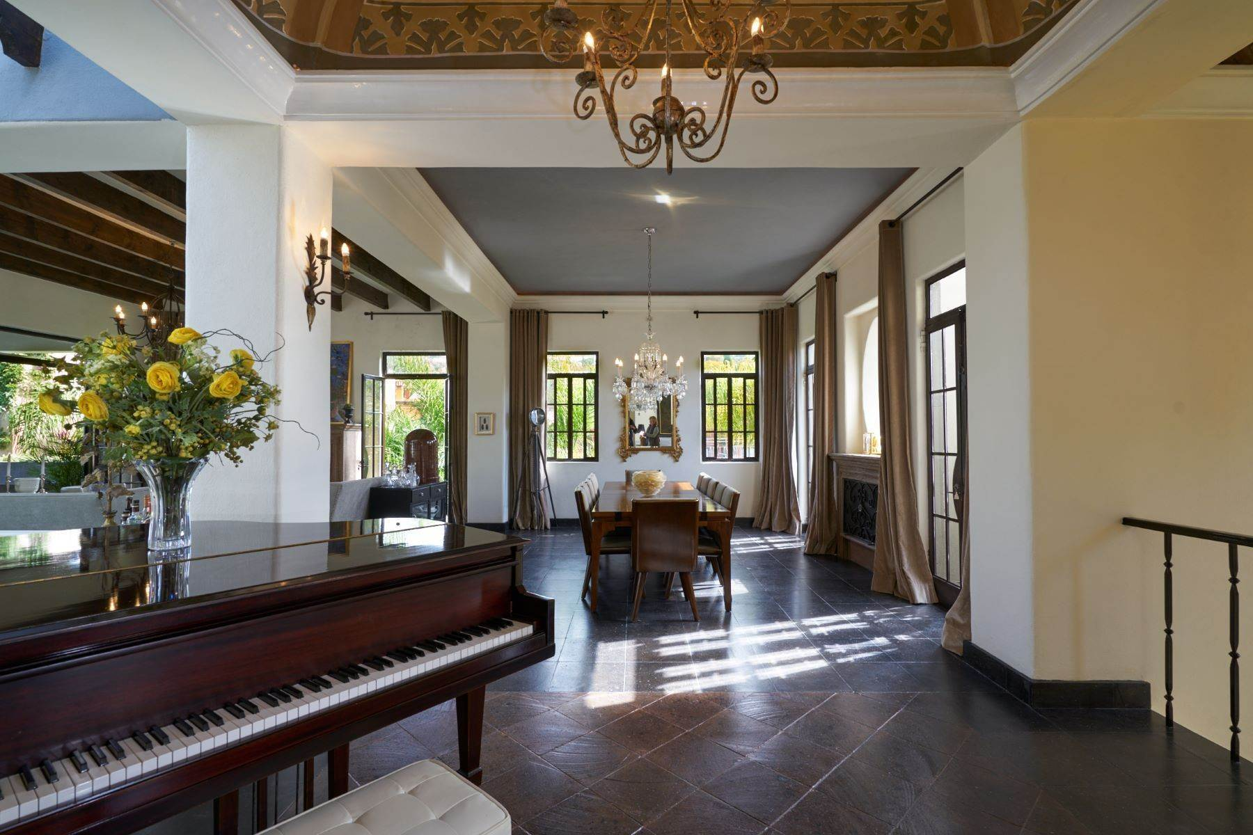 5. Single Family Homes for Sale at Casa Shangri-La Moras 3 B San Miguel De Allende, Guanajuato 37700 Mexico