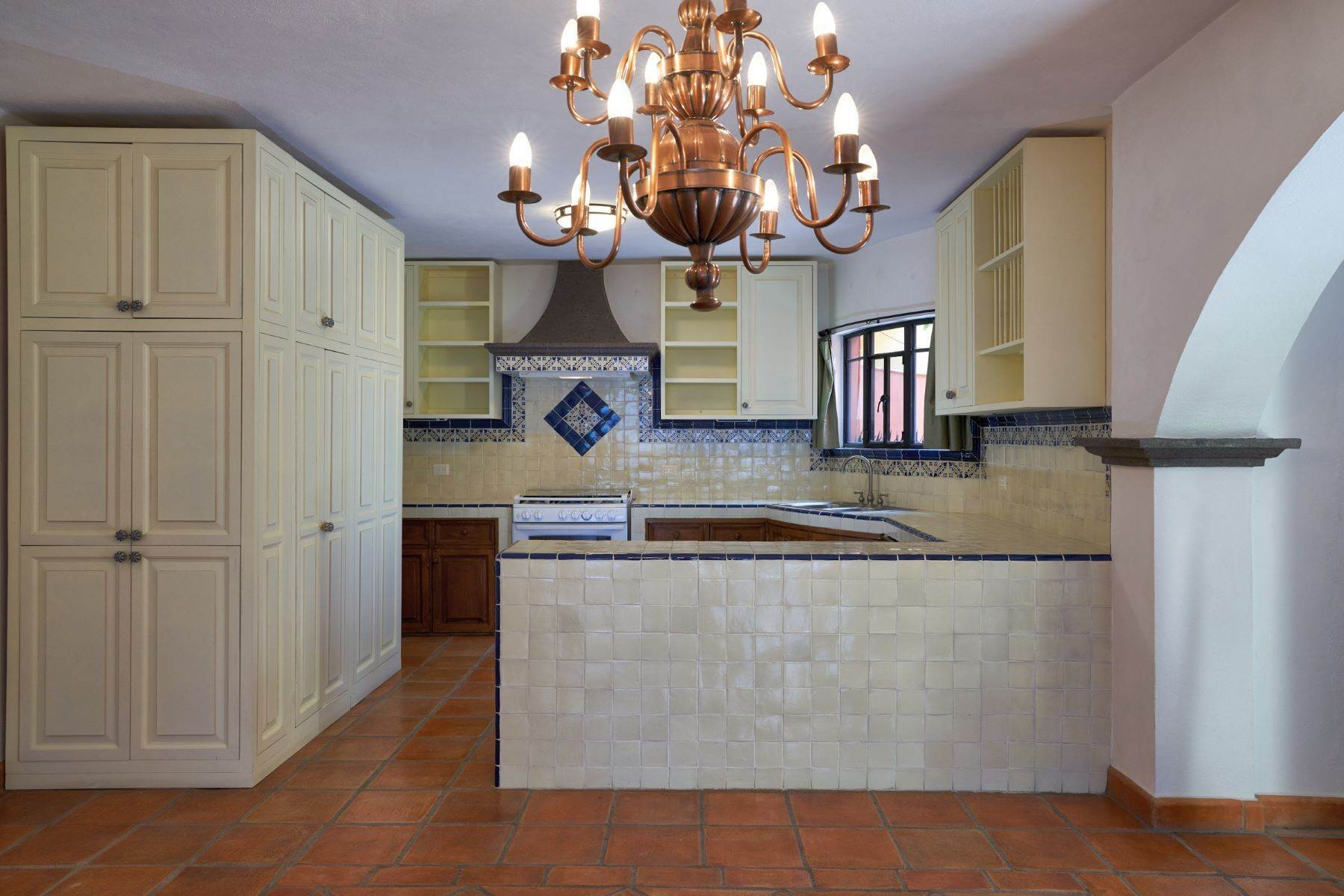 8. Single Family Homes for Sale at Casa Alameda San Miguel De Allende, Guanajuato 37750 Mexico