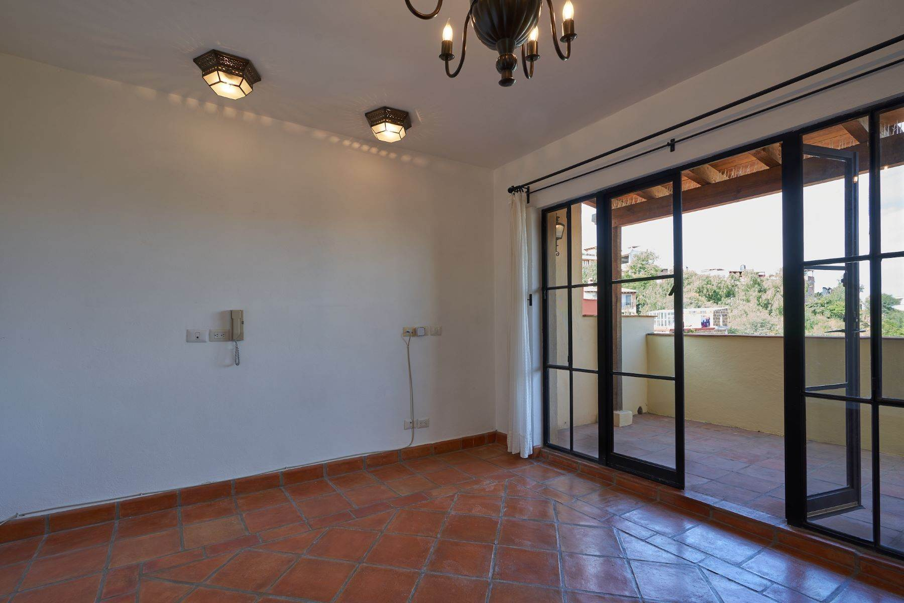 23. Single Family Homes for Sale at Casa Alameda San Miguel De Allende, Guanajuato 37750 Mexico