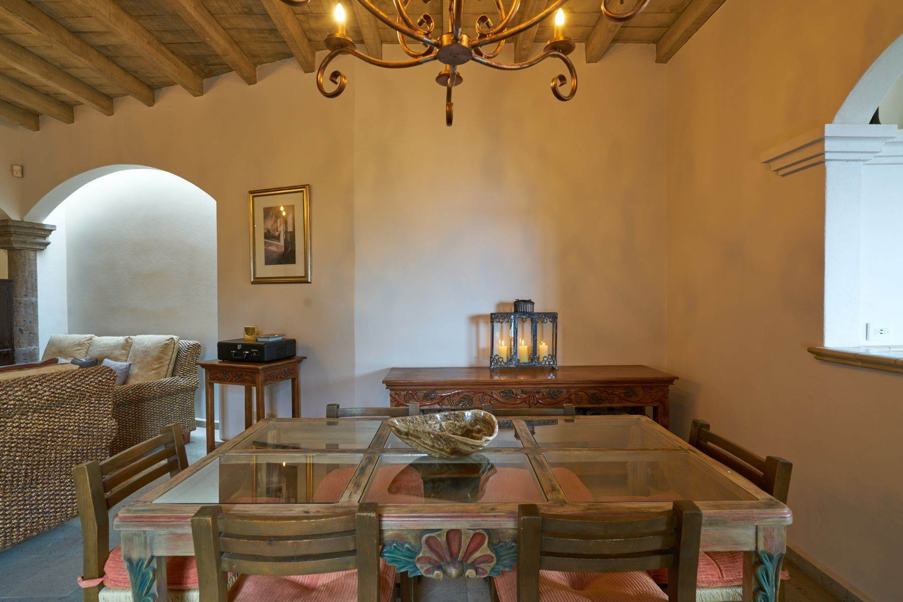 13. Single Family Homes for Sale at Casa Celeste Camino Real a Xichu #35 San Miguel De Allende, Guanajuato 37777 Mexico