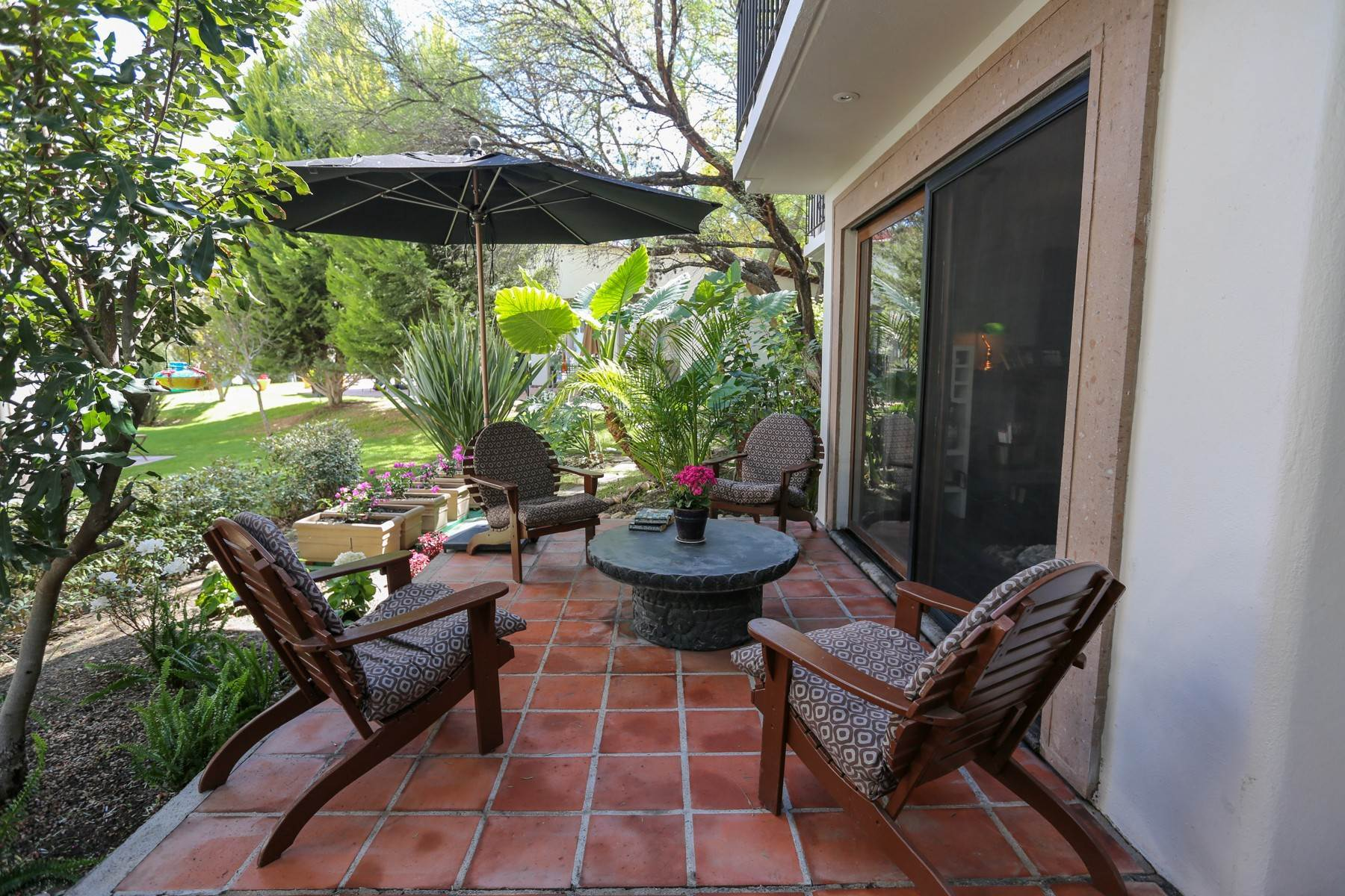 Single Family Homes for Sale at Puente Viejo Calzada de la Aurora 52, Condo F-1 San Miguel De Allende, Guanajuato 37710 Mexico
