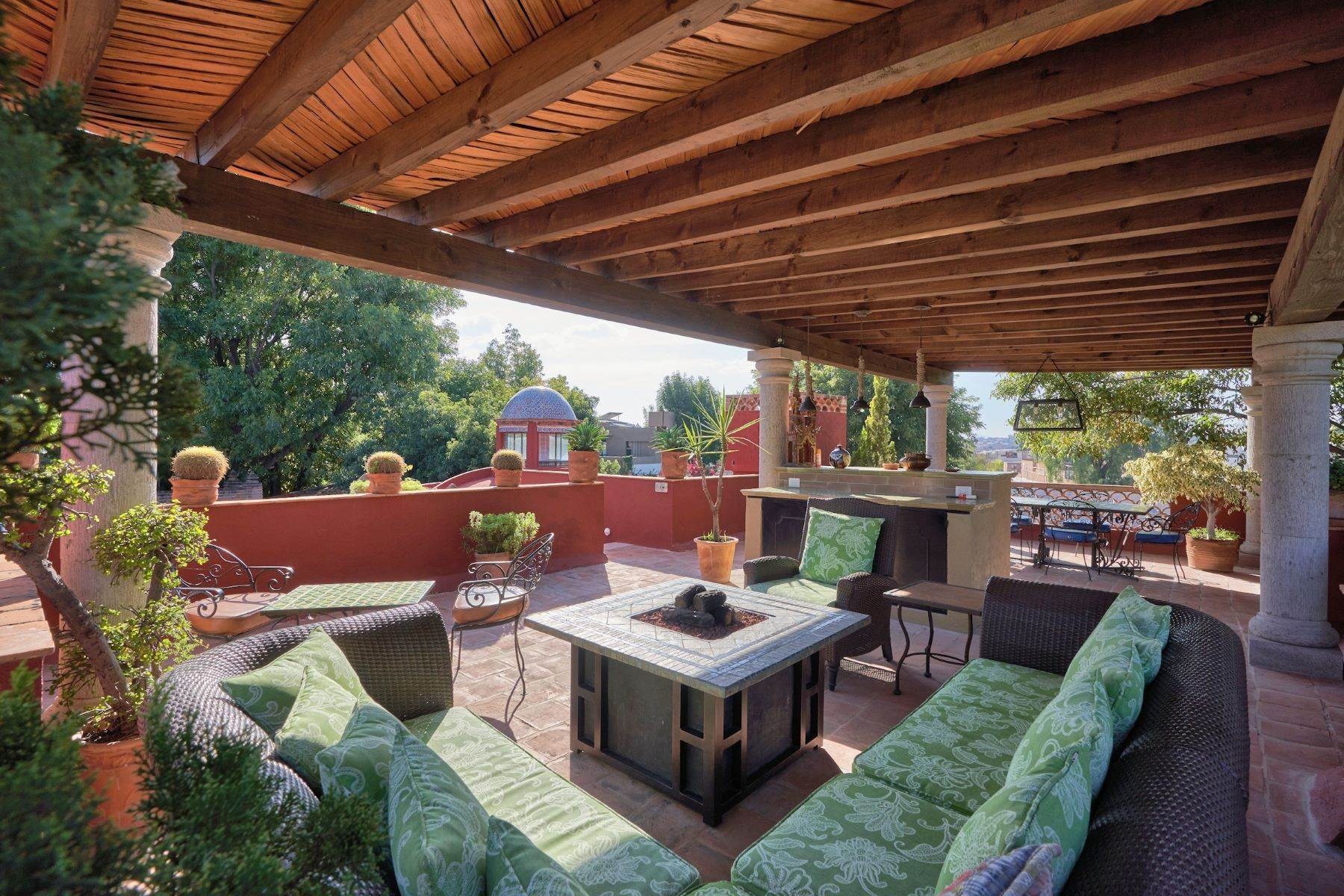 23. Single Family Homes for Sale at Casa de la Luz San Miguel De Allende, Guanajuato 37700 Mexico
