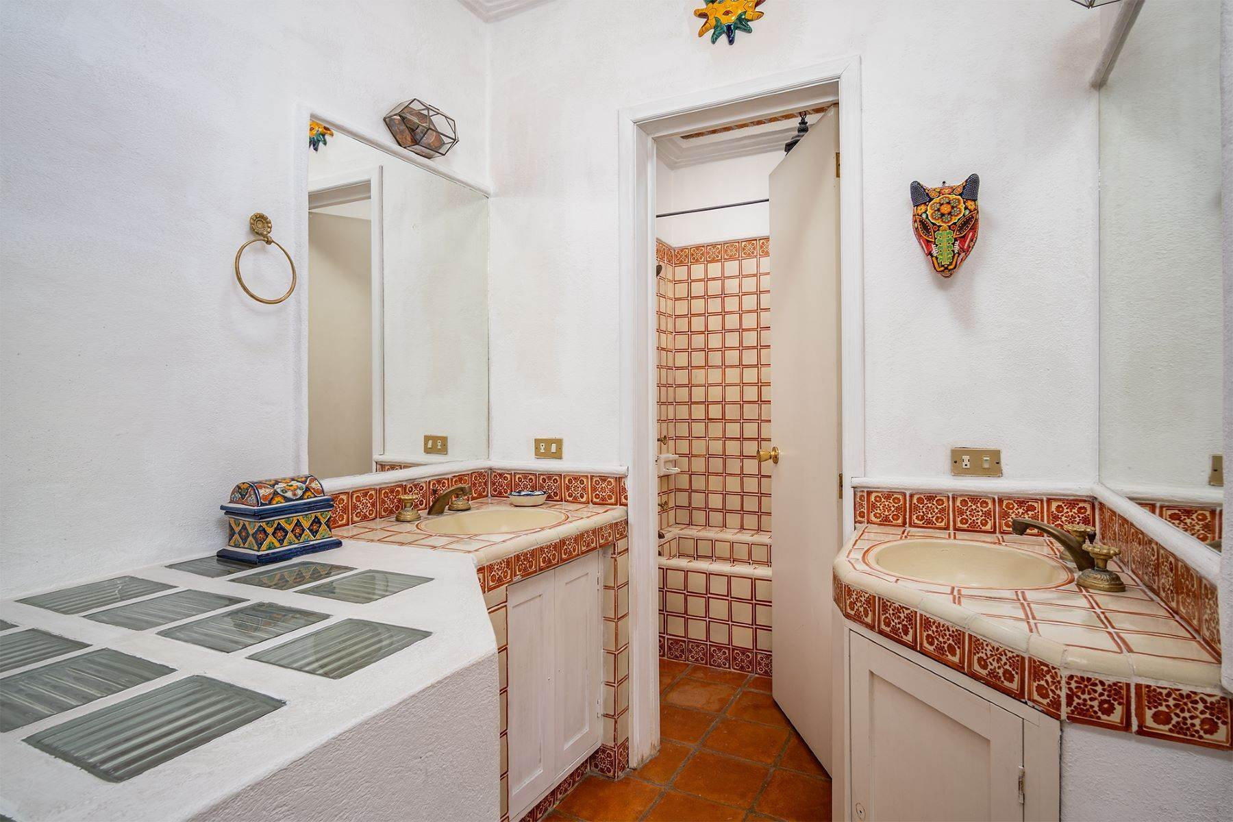 14. Single Family Homes for Sale at Pila Seca 2B, Centro Histórico San Miguel De Allende, Guanajuato 37700 Mexico