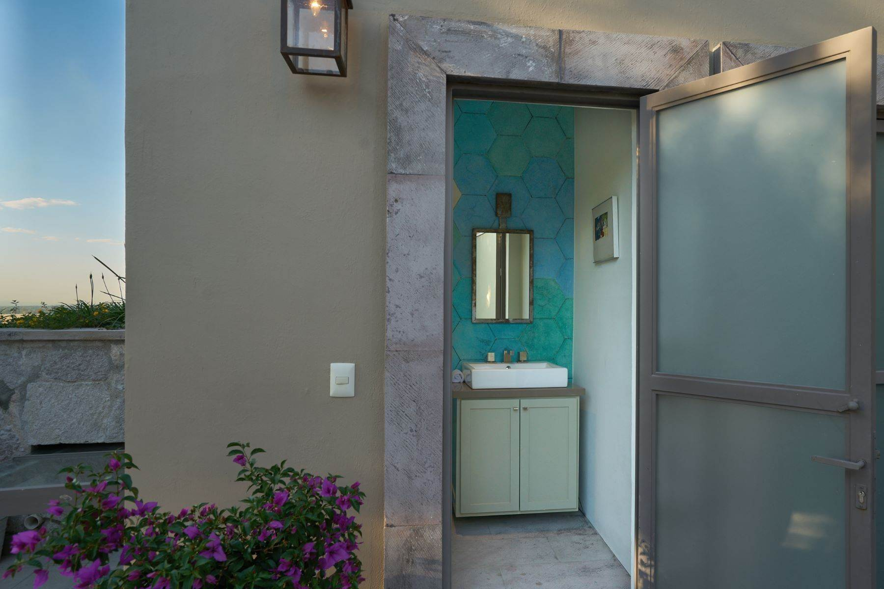 39. Single Family Homes for Sale at Villa Sonoma Bajada de La Garita San Miguel De Allende, Guanajuato 37700 Mexico