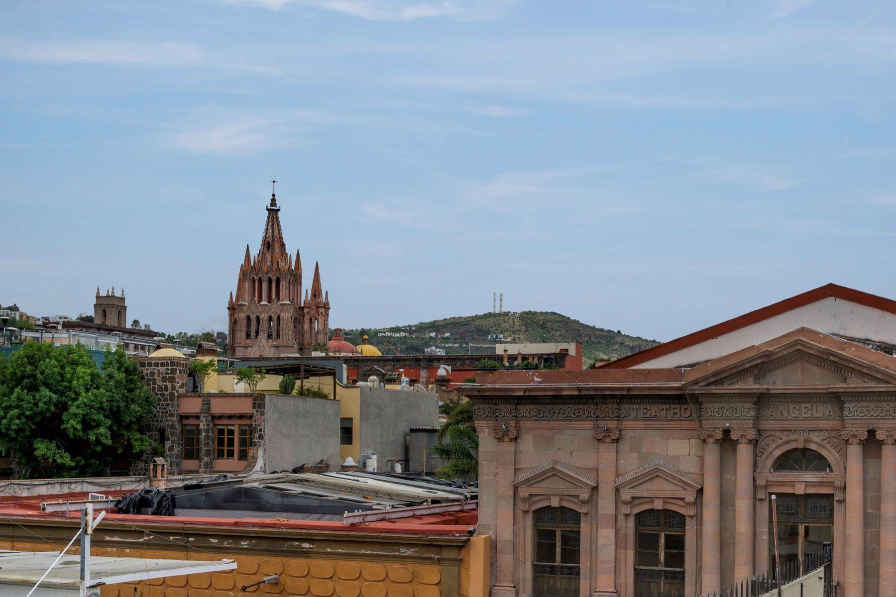 37. Single Family Homes for Sale at Casa Florida Hernandez Macias San Miguel De Allende, Guanajuato 37700 Mexico
