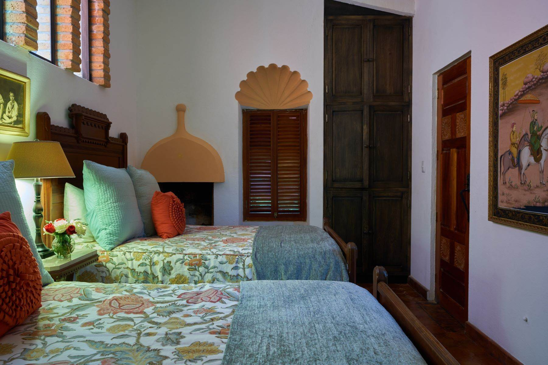 43. Single Family Homes for Sale at Casa de la Luz San Miguel De Allende, Guanajuato 37700 Mexico