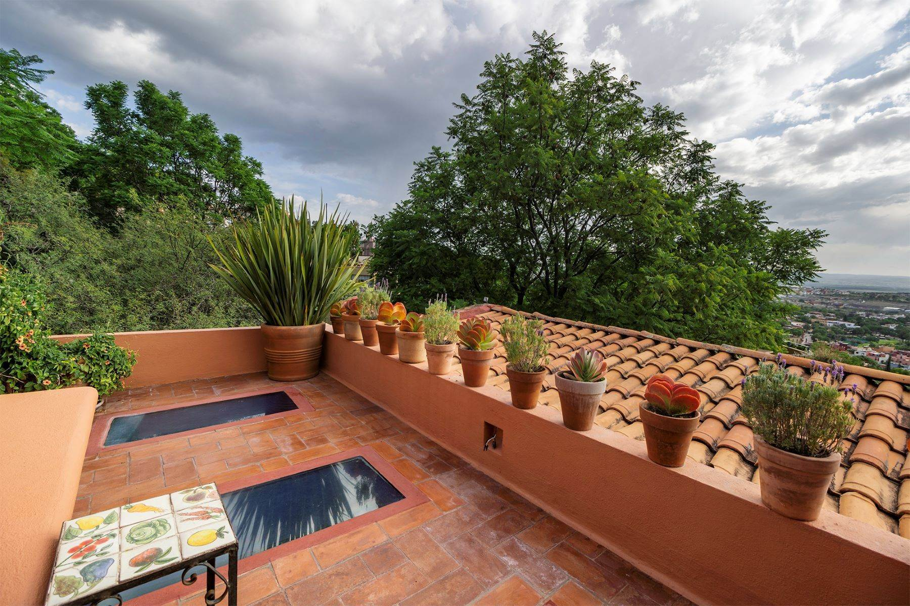 22. Single Family Homes for Sale at Casa Vistas Piedras Chinas San Miguel De Allende, Guanajuato 37700 Mexico