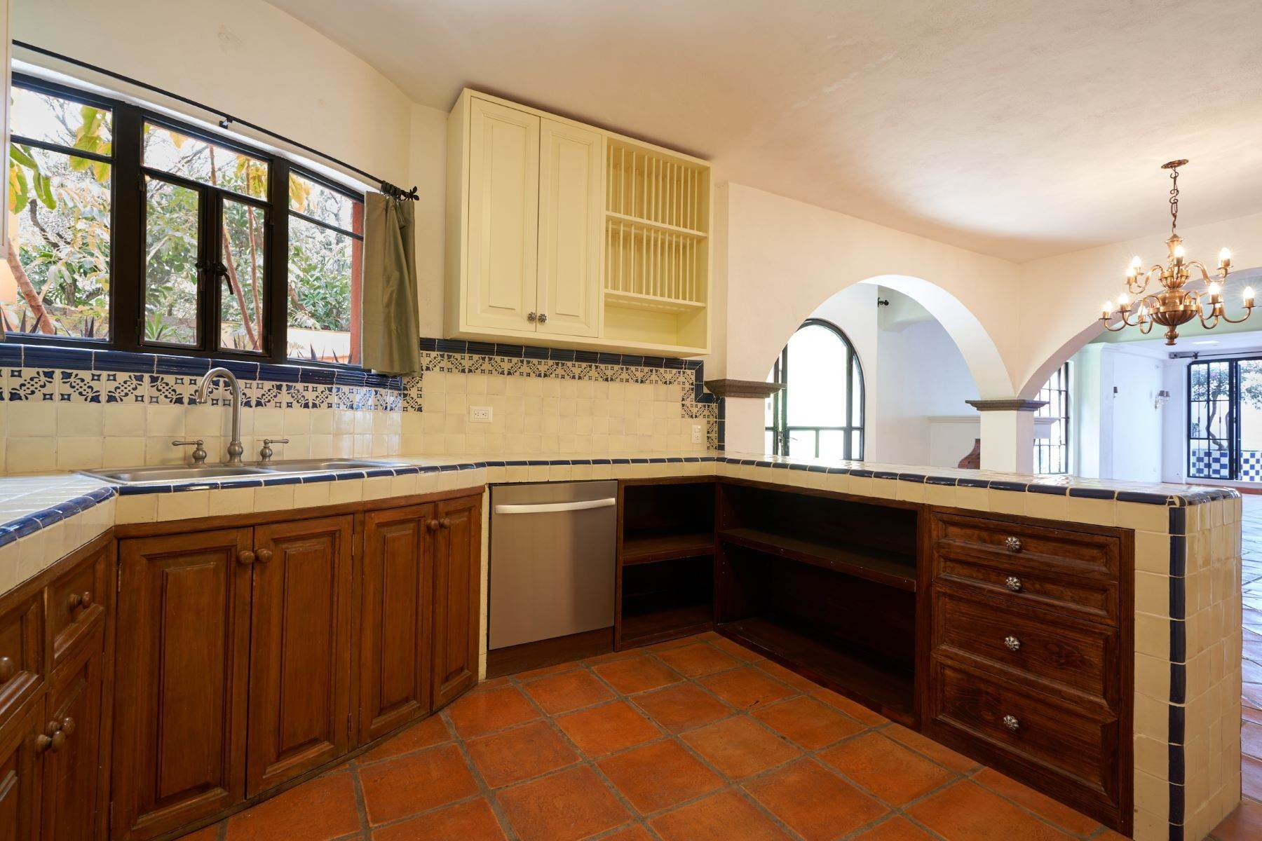 9. Single Family Homes for Sale at Casa Alameda San Miguel De Allende, Guanajuato 37750 Mexico