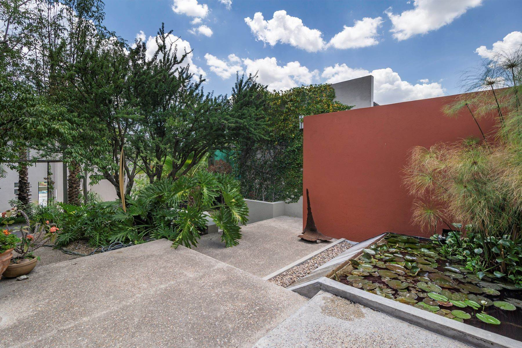 12. Single Family Homes for Sale at Casa Cieneguita Eco-Friendly Calle Hidalgo #56 San Miguel De Allende, Guanajuato 37893 Mexico