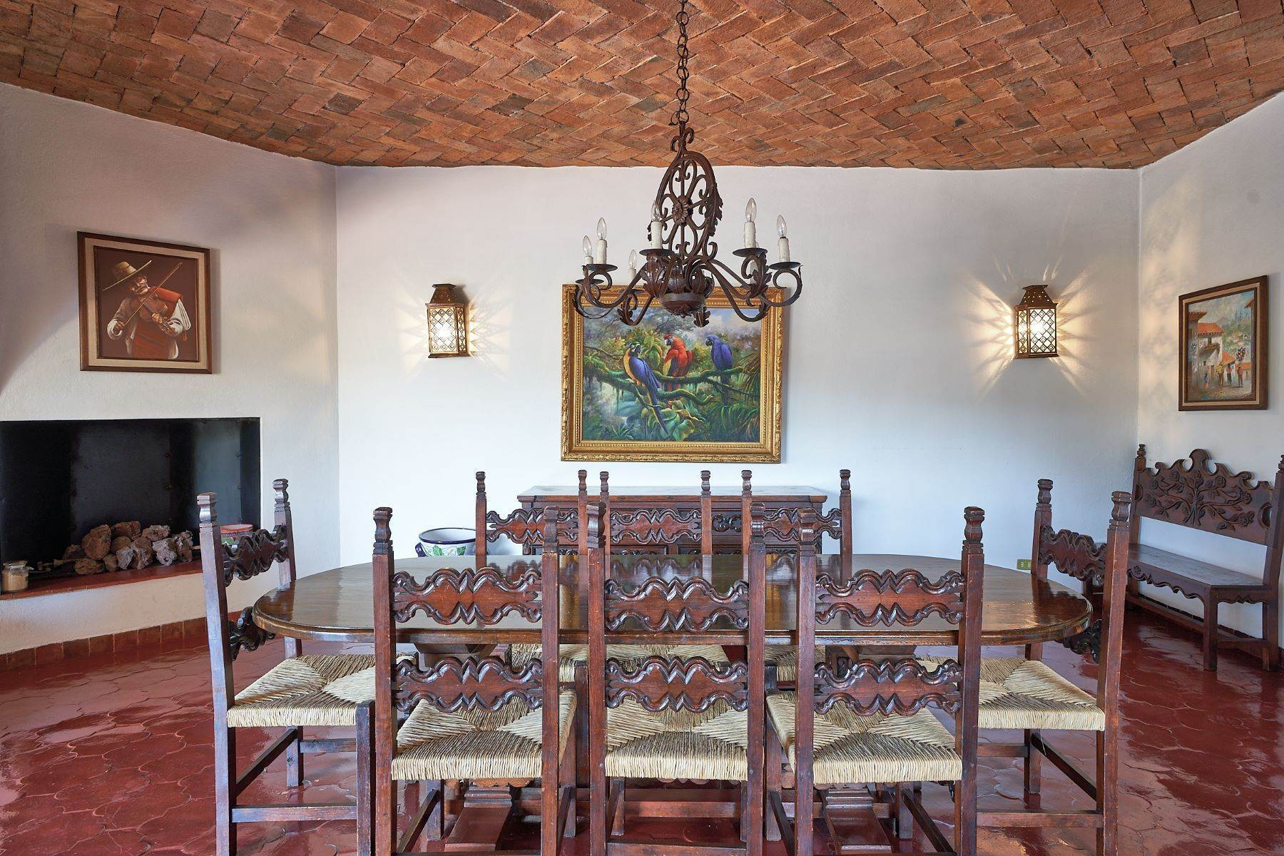 8. Single Family Homes for Sale at Faroles 10 San Miguel De Allende, Guanajuato 37740 Mexico