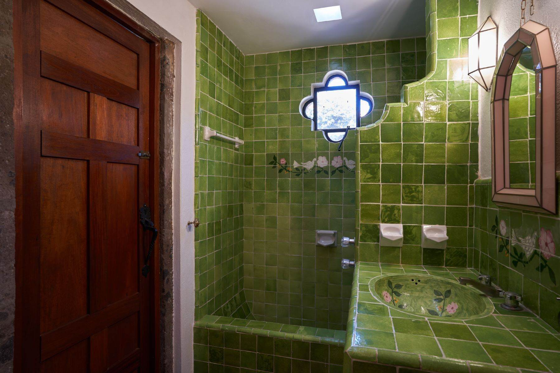 39. Single Family Homes for Sale at Casa de la Luz San Miguel De Allende, Guanajuato 37700 Mexico