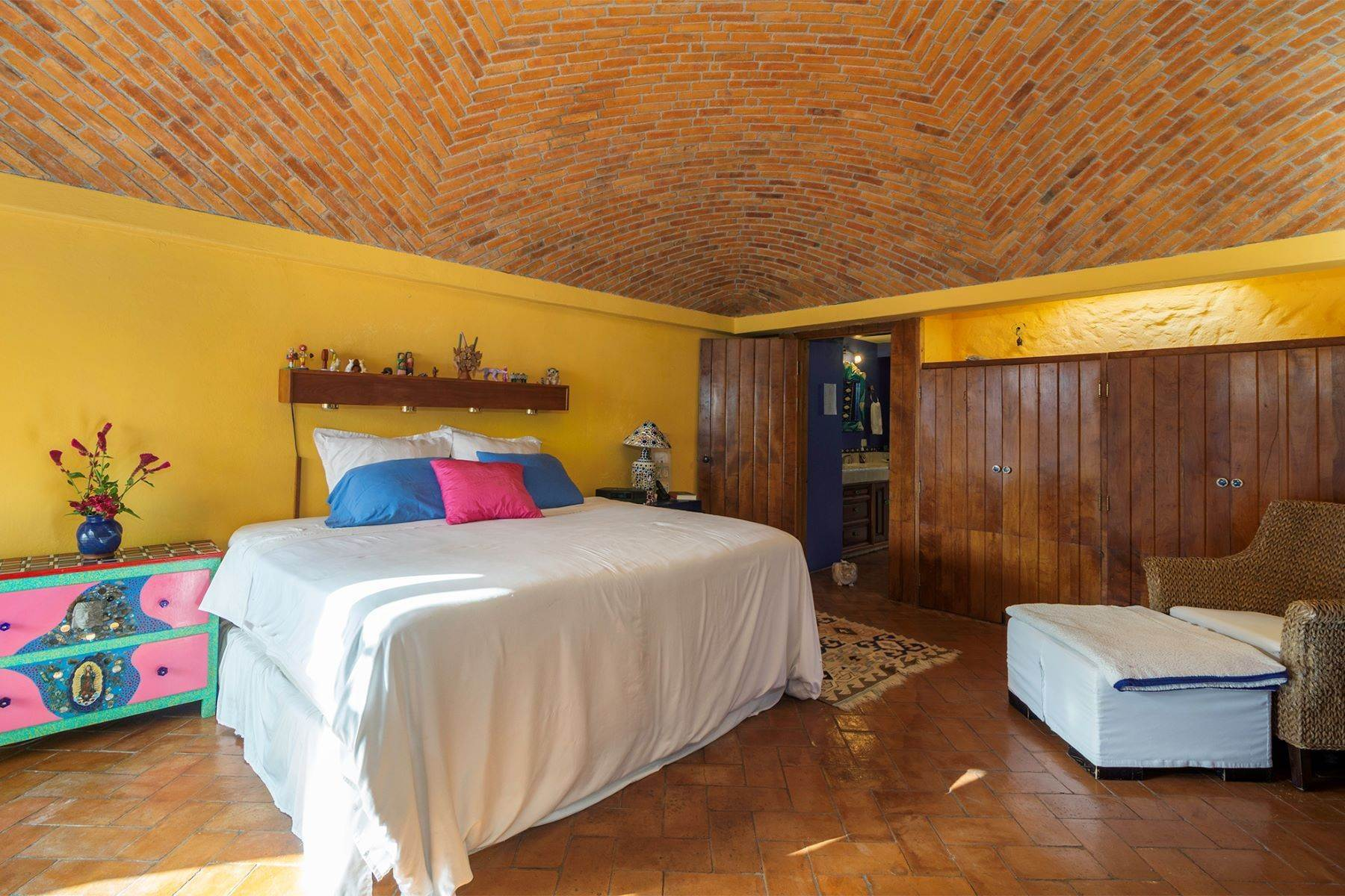 13. Single Family Homes for Sale at Casa Vistas Piedras Chinas San Miguel De Allende, Guanajuato 37700 Mexico
