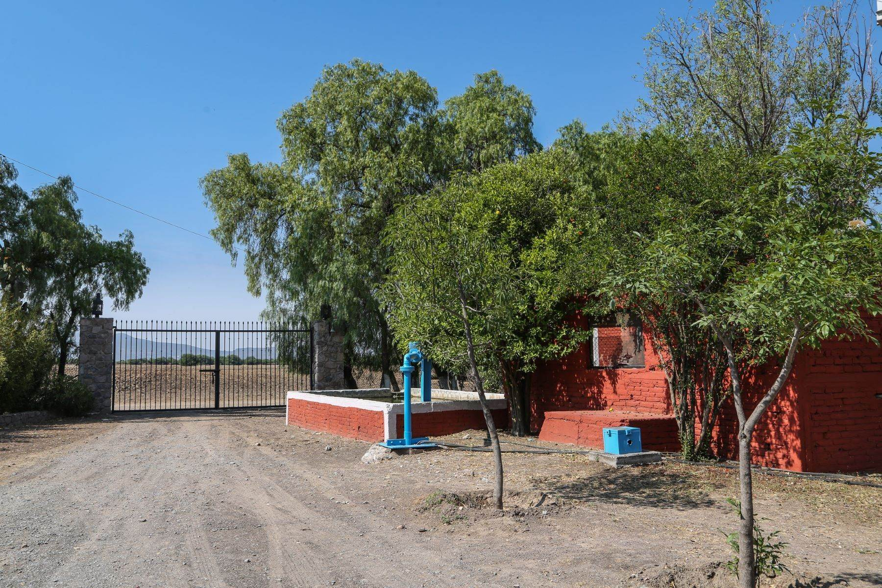 38. Farm and Ranch Properties for Sale at Rancho Santa Rita Country Property, San Miguel De Allende, Guanajuato Mexico