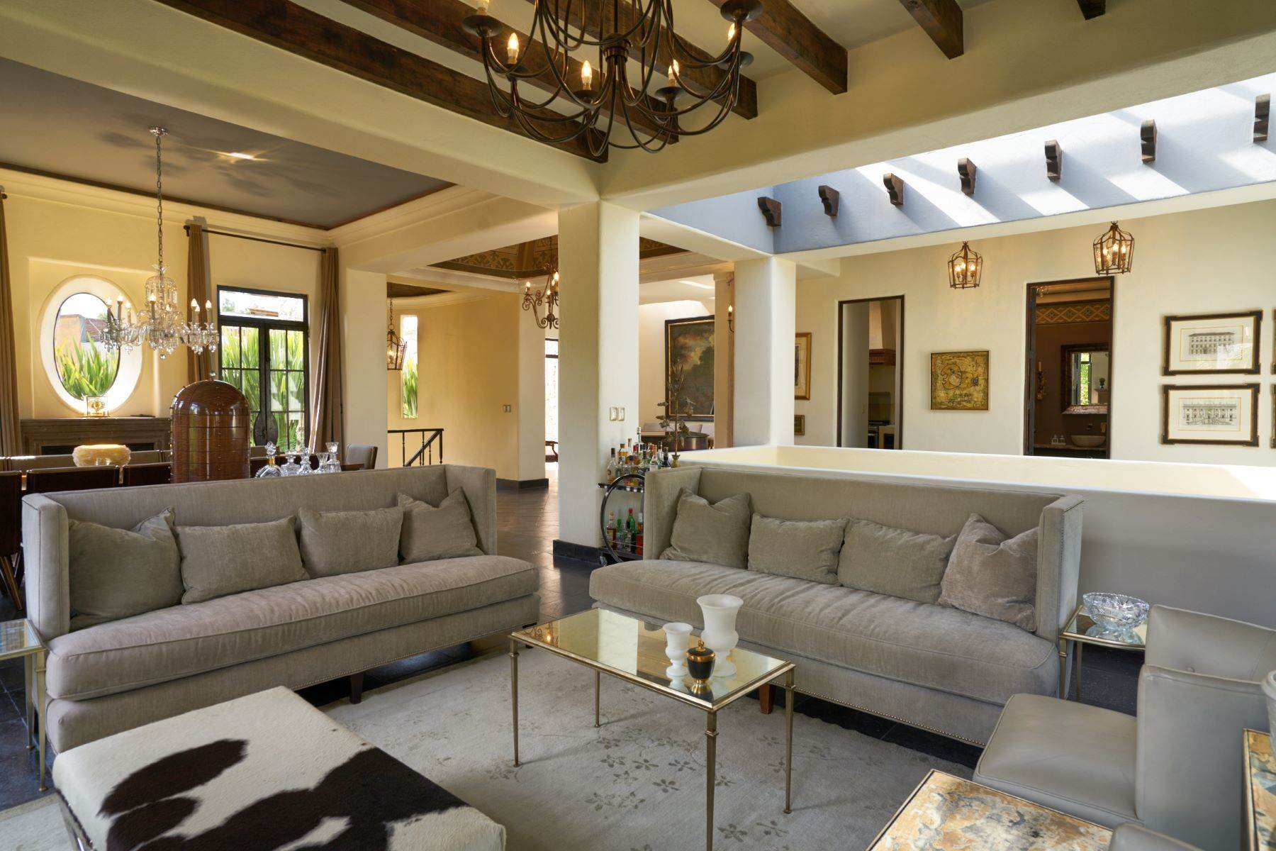 4. Single Family Homes for Sale at Casa Shangri-La Moras 3 B San Miguel De Allende, Guanajuato 37700 Mexico