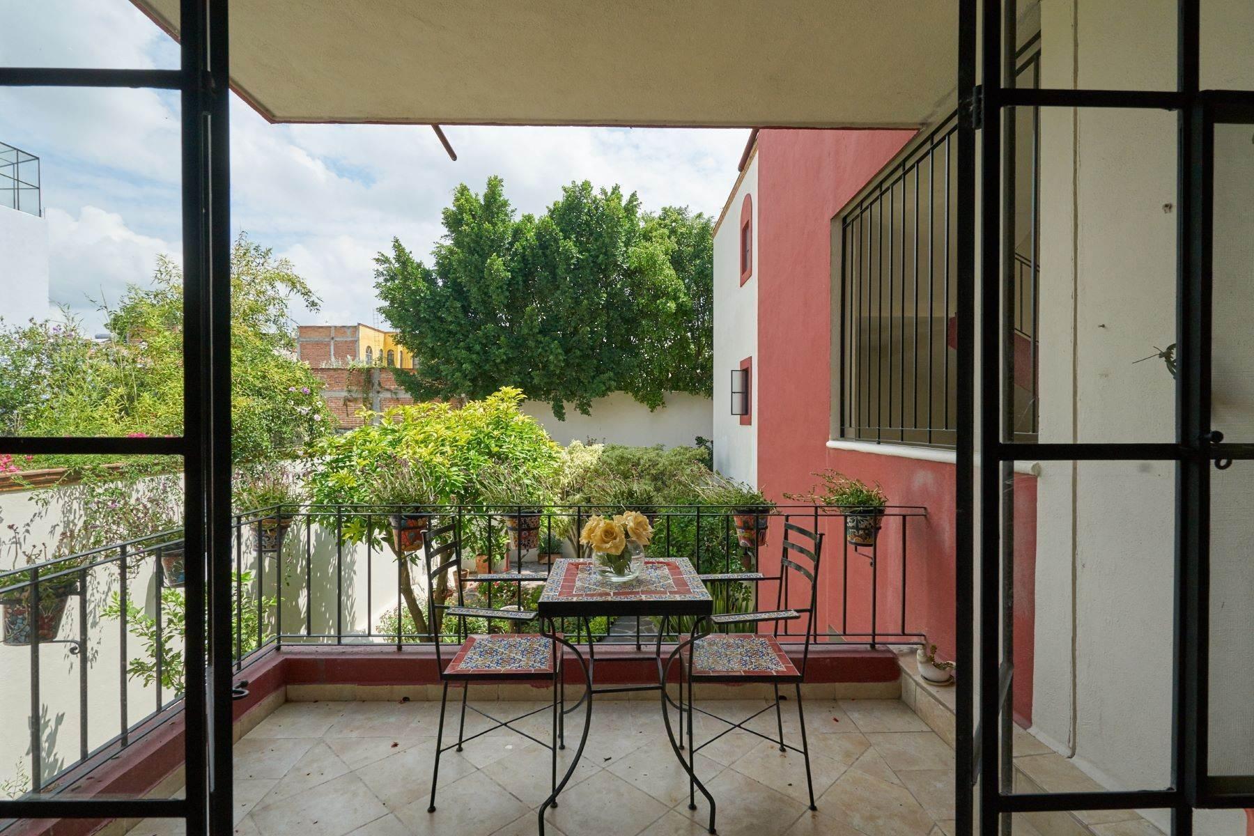 10. Condominiums for Sale at Casa Flores San Antonio, San Miguel De Allende, Guanajuato Mexico