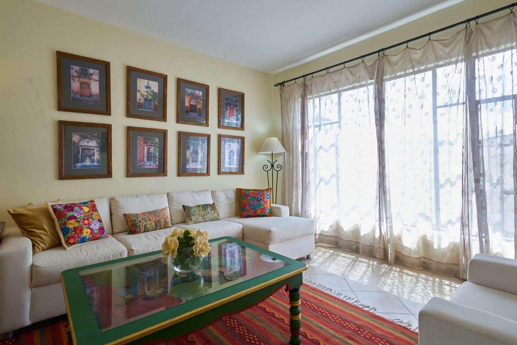 13. Condominiums for Sale at Casa Flores San Antonio, San Miguel De Allende, Guanajuato Mexico