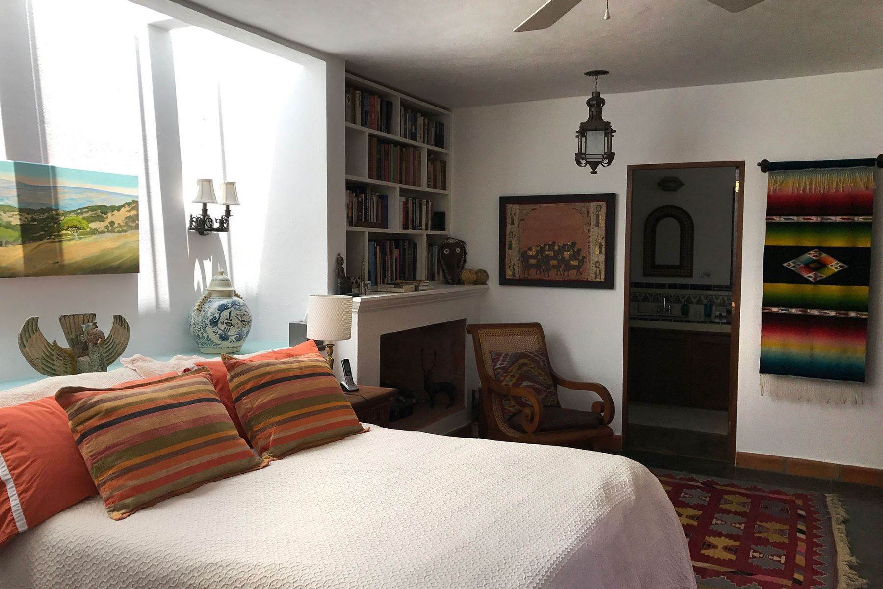 27. Single Family Homes for Sale at Casa Alameda San Miguel De Allende, Guanajuato 37750 Mexico