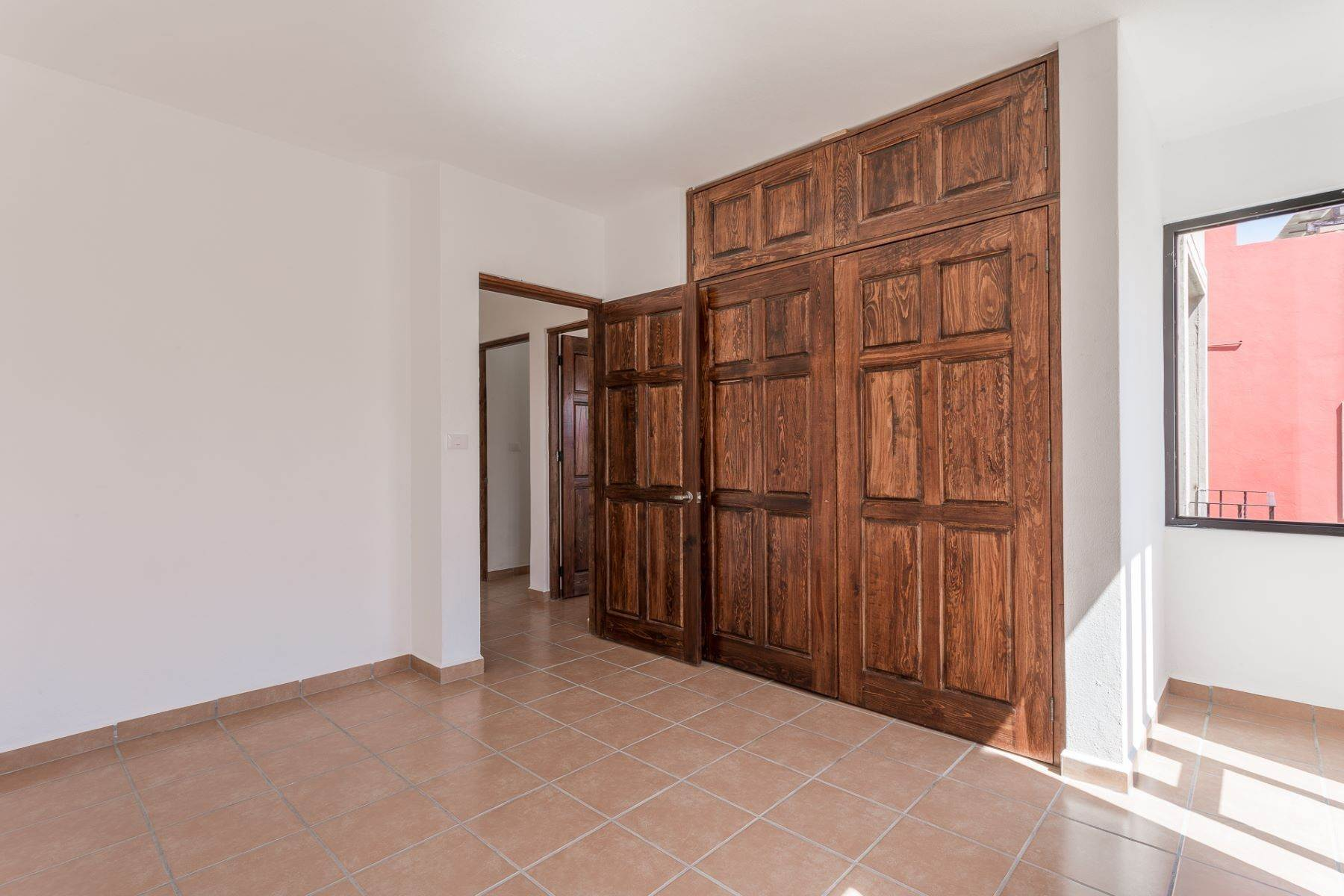20. Single Family Homes for Sale at Villa Jardín Camino Norte, El Capricho San Miguel De Allende, Guanajuato 37700 Mexico