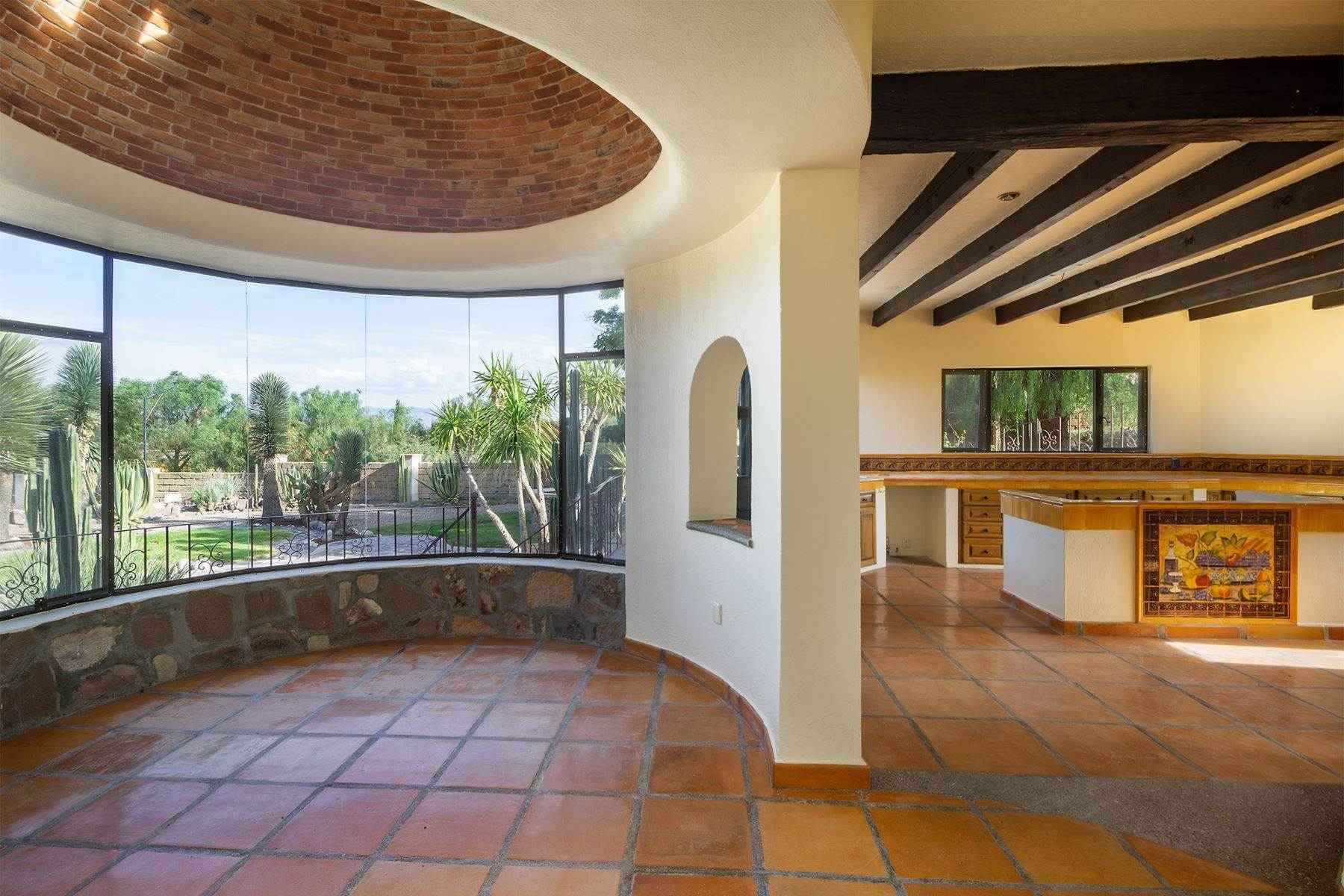 5. Single Family Homes for Sale at Casa Frida Los Labradores, San Miguel De Allende, Guanajuato Mexico