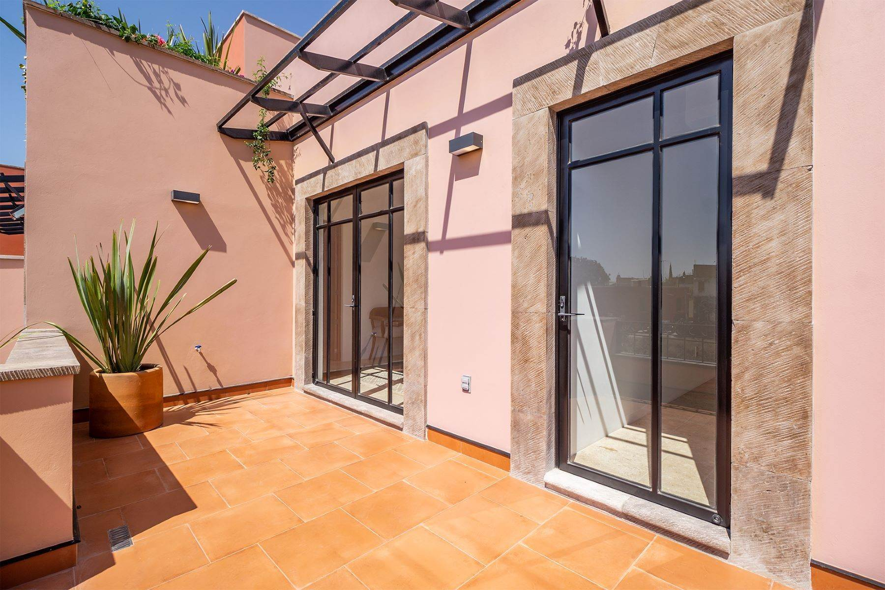 15. Single Family Homes for Sale at Aurora Twelve Guadalupe, San Miguel De Allende, Guanajuato Mexico