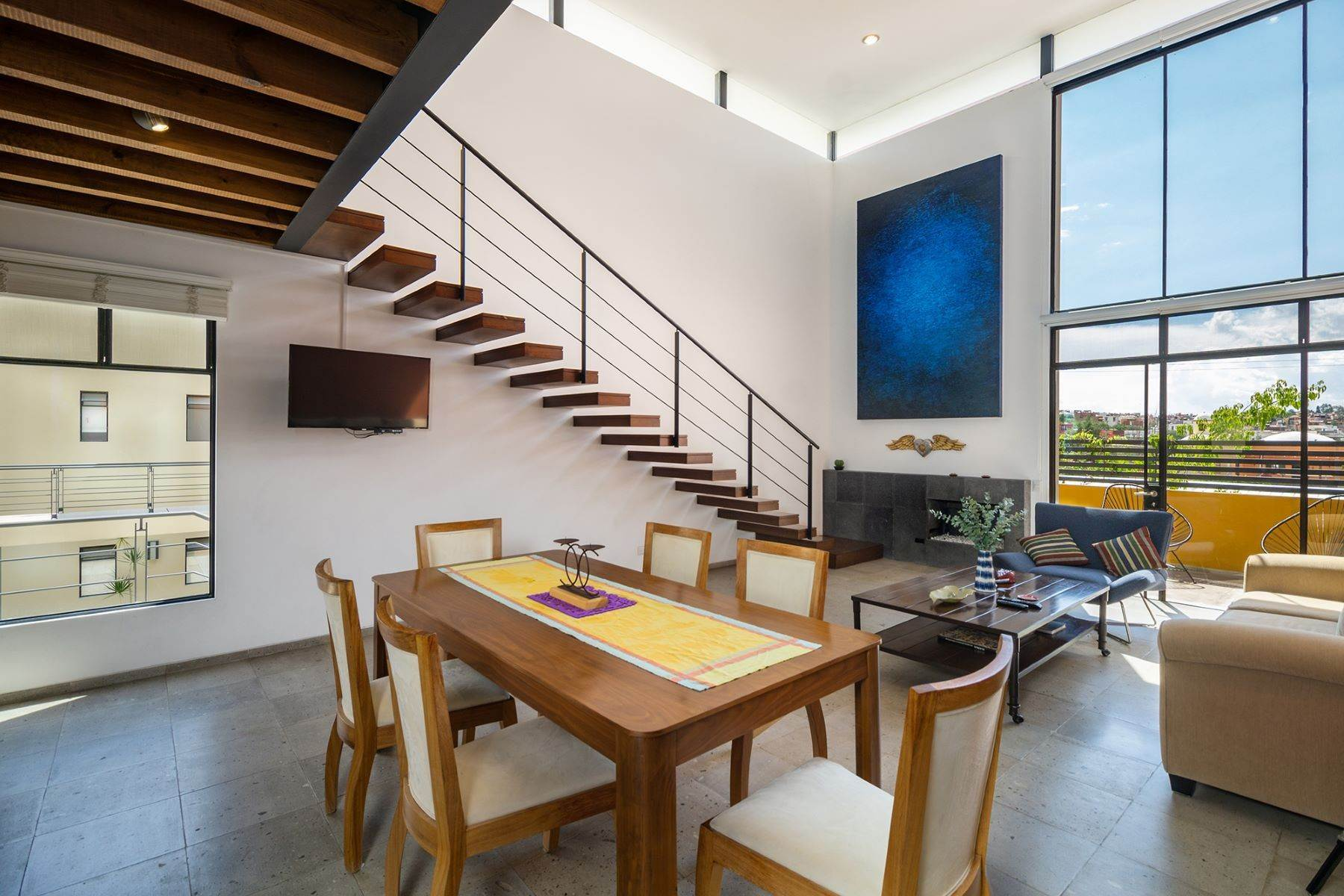 2. Single Family Homes for Sale at Chimal Loft Miguel Araujo 1B San Miguel De Allende, Guanajuato 37700 Mexico