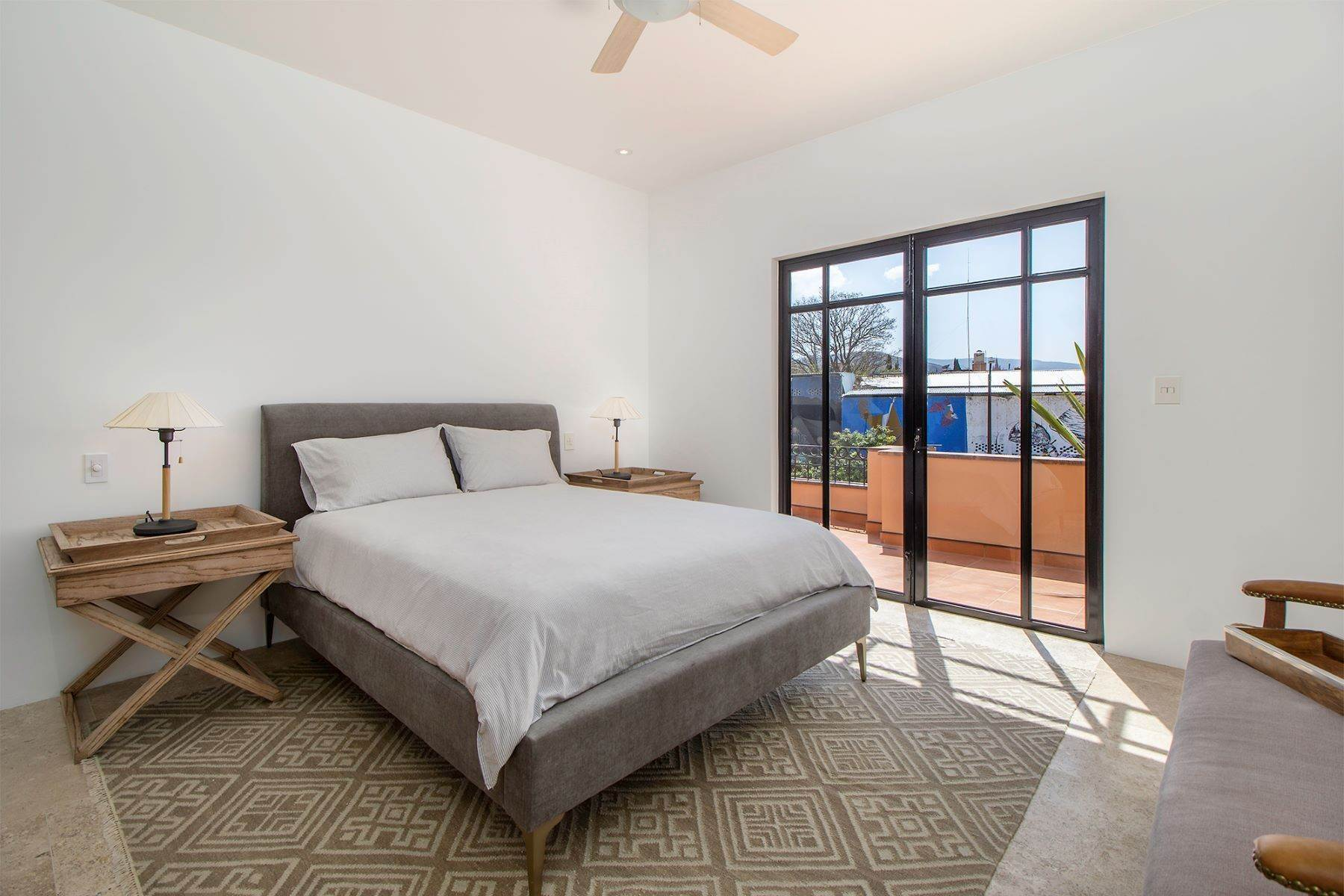 9. Single Family Homes for Sale at Aurora Twelve Guadalupe, San Miguel De Allende, Guanajuato Mexico
