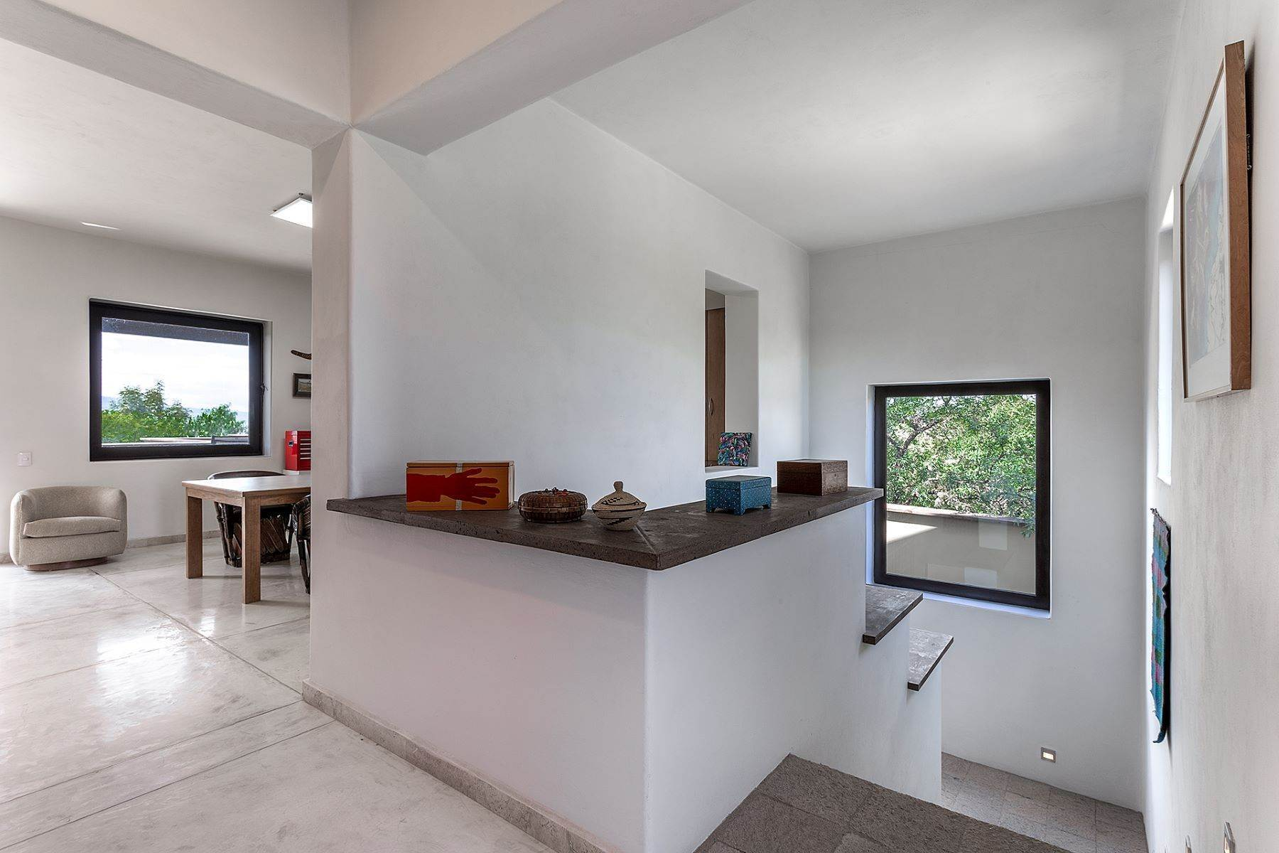 31. Single Family Homes for Sale at Casa Querencia Bugambilia 10 San Miguel De Allende, Guanajuato 37733 Mexico