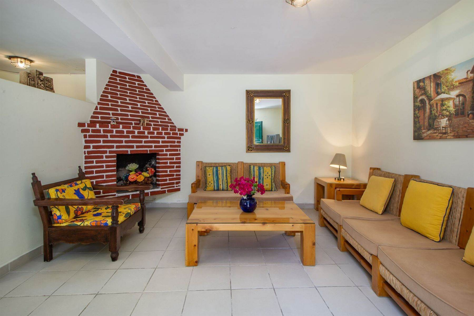 17. Other Residential Homes for Sale at Colonial Bungalows Recreo San Miguel De Allende, Guanajuato 37700 Mexico