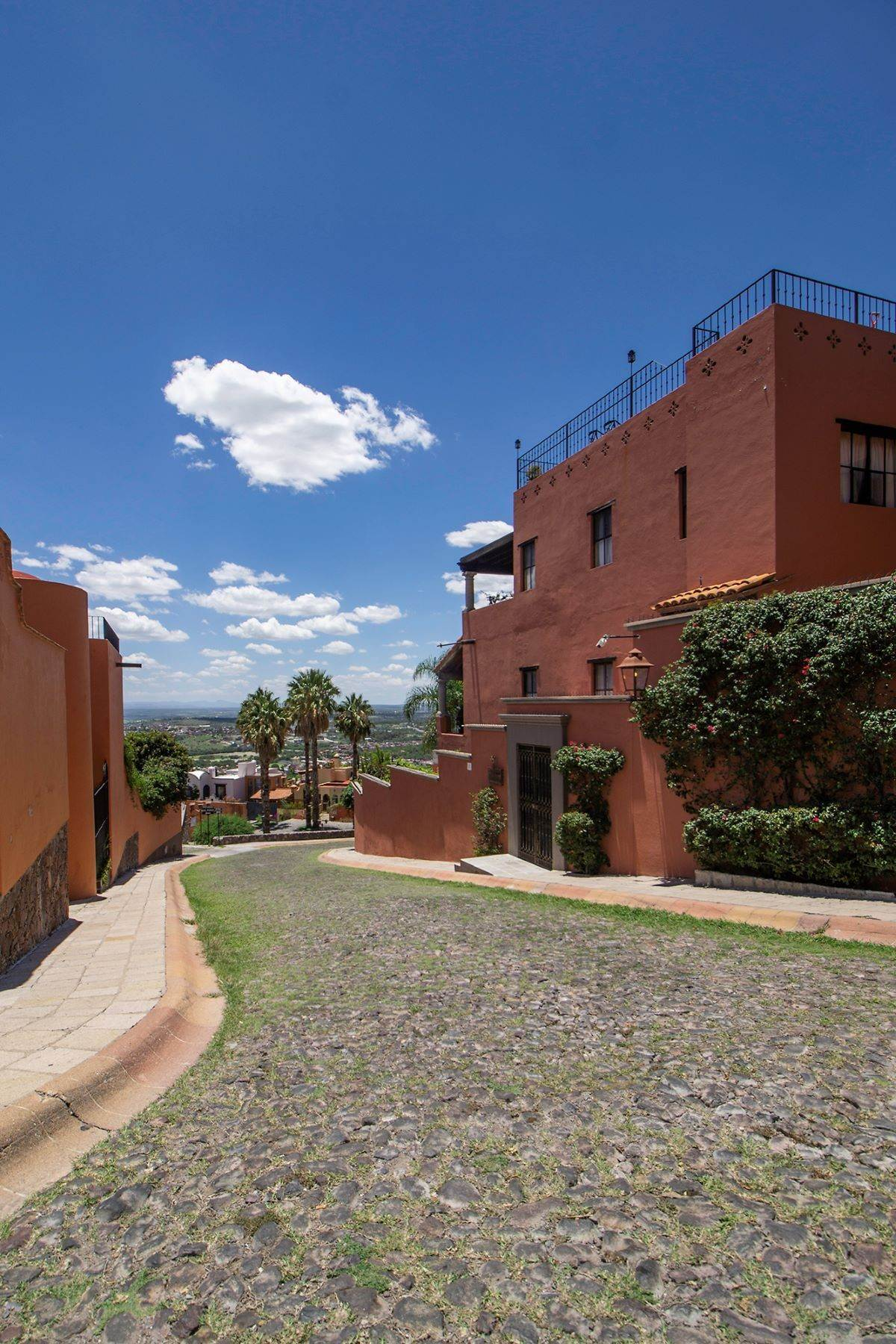 50. Single Family Homes for Sale at Casa Alegre Montitlan San Miguel De Allende, Guanajuato 37720 Mexico