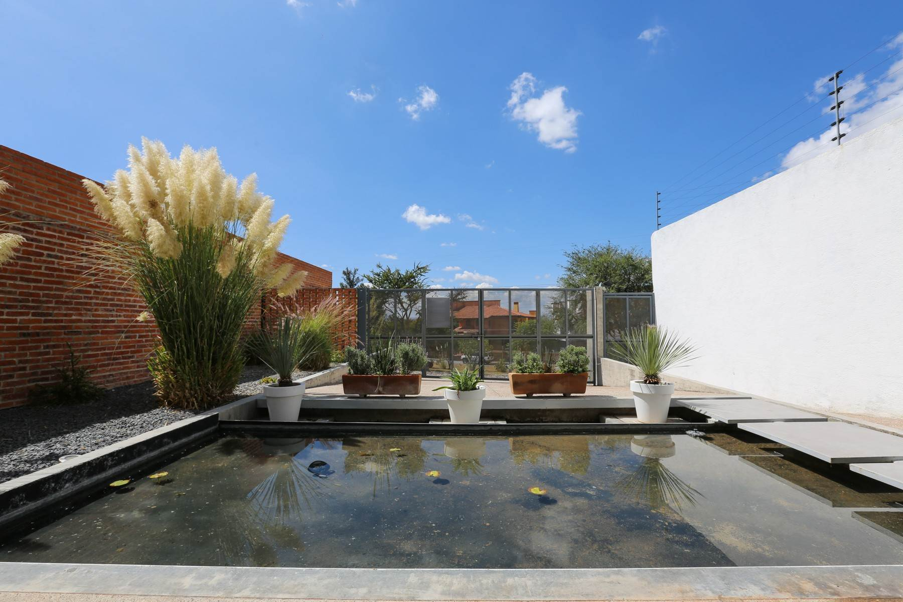 24. Single Family Homes for Sale at Casa Bicocca Calle Carreta 11 San Miguel De Allende, Guanajuato 37790 Mexico