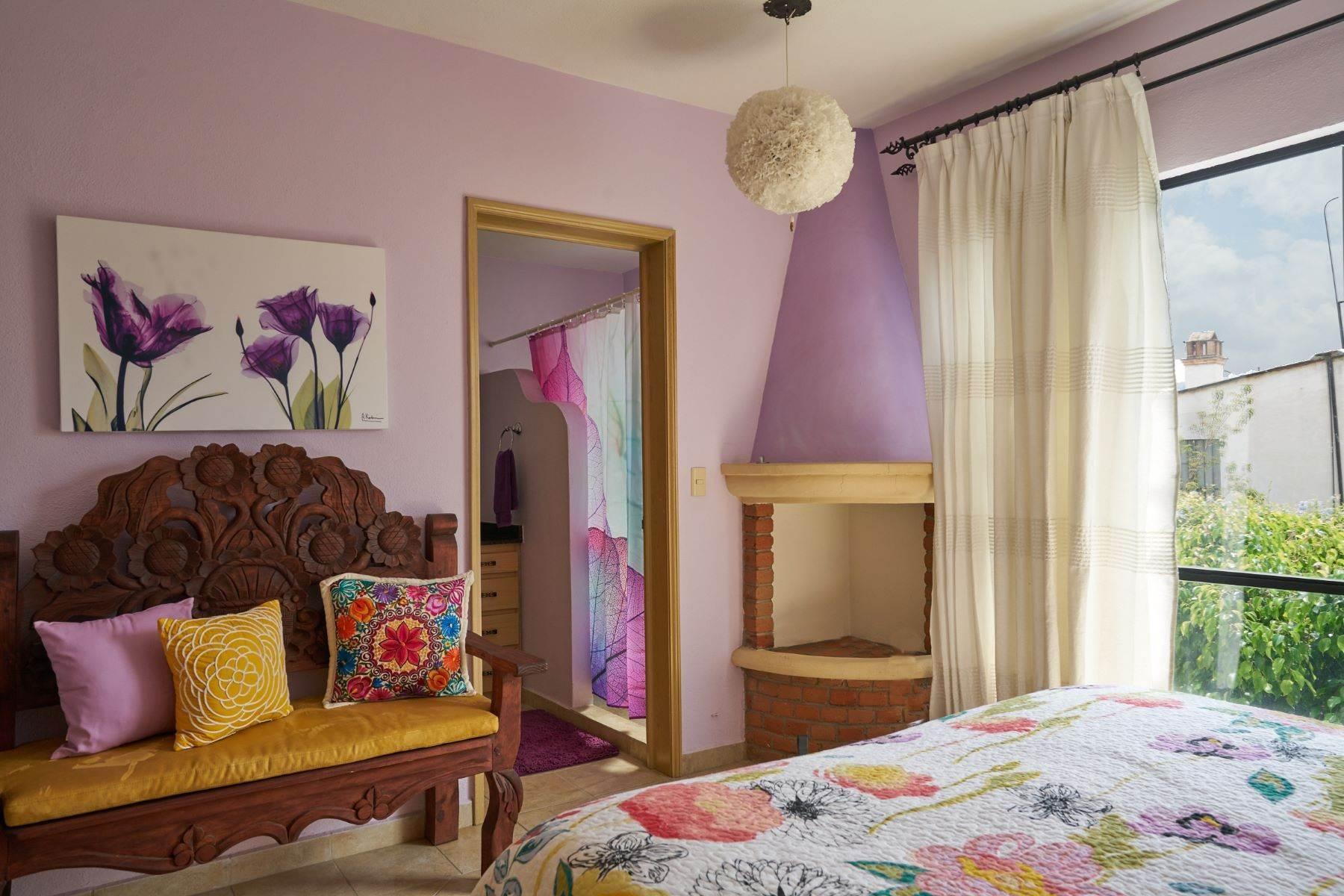 17. Condominiums for Sale at Casa Flores San Antonio, San Miguel De Allende, Guanajuato Mexico