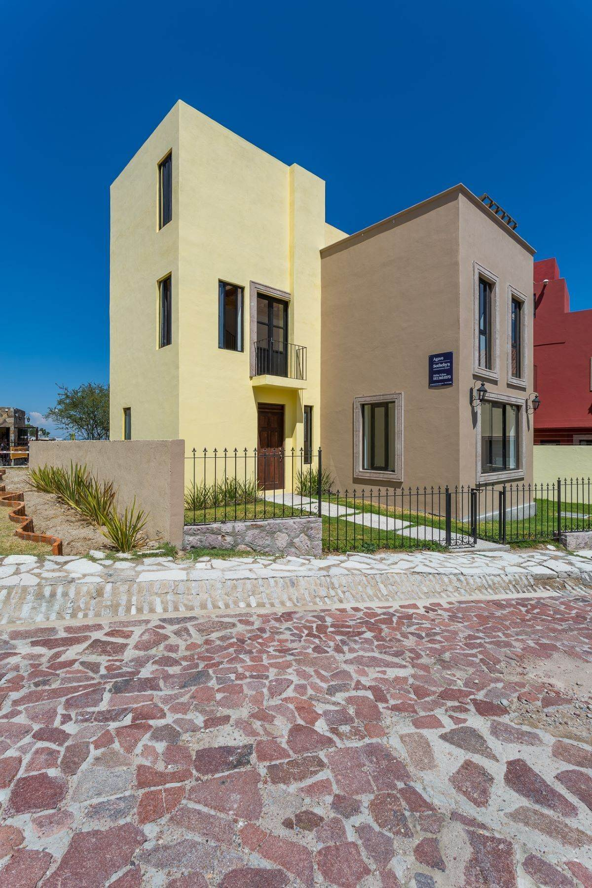 Single Family Homes for Sale at Villa Jardín Camino Norte, El Capricho San Miguel De Allende, Guanajuato 37700 Mexico