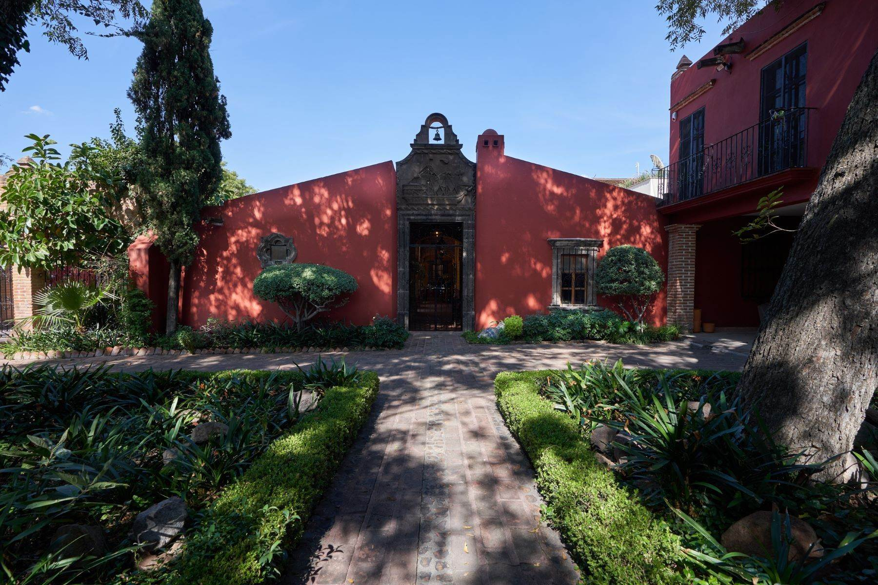 3. Single Family Homes for Sale at Casa de la Luz San Miguel De Allende, Guanajuato 37700 Mexico