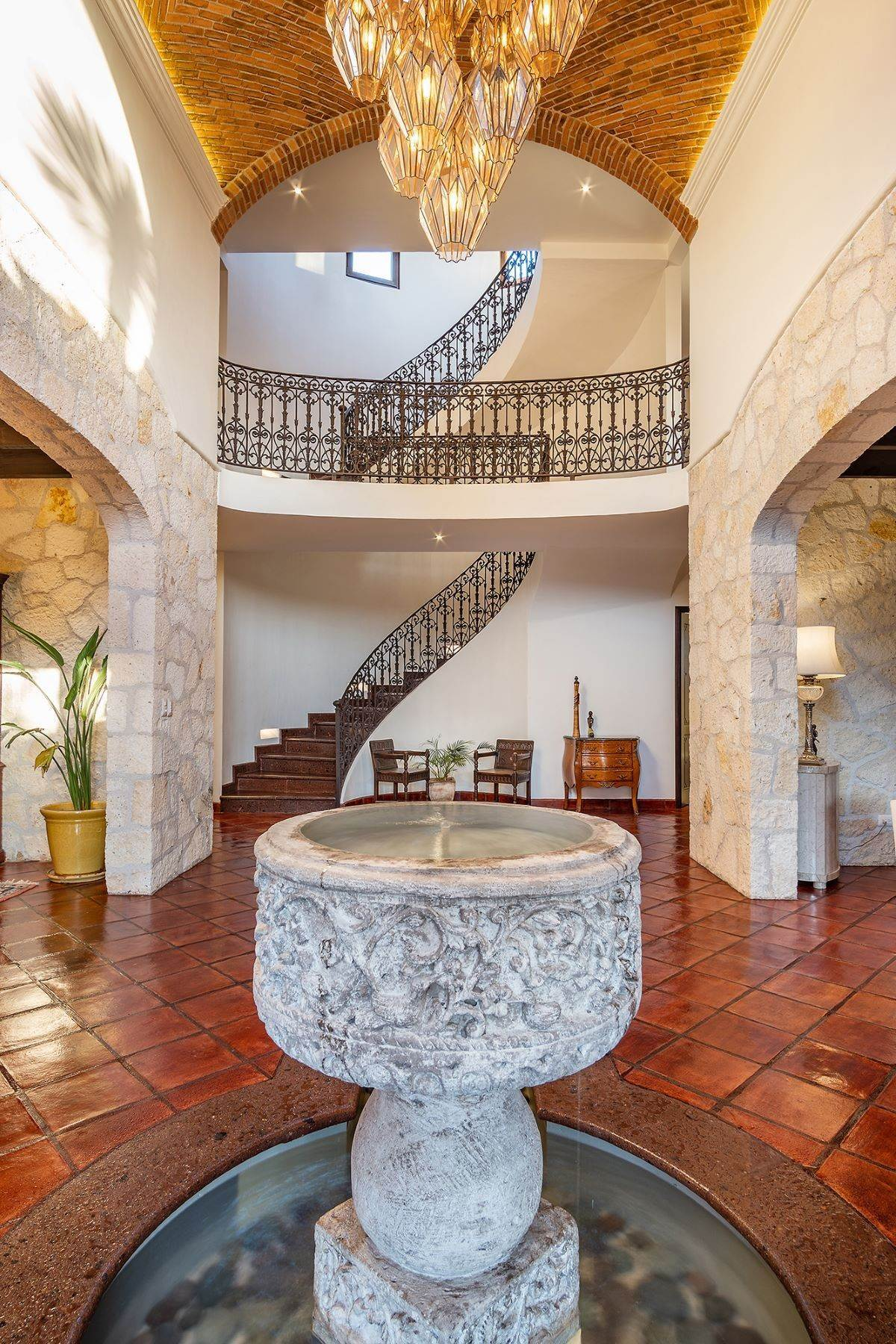 8. Single Family Homes for Sale at CASA GRANADA CASA LUNA San Miguel De Allende, Guanajuato 37797 Mexico