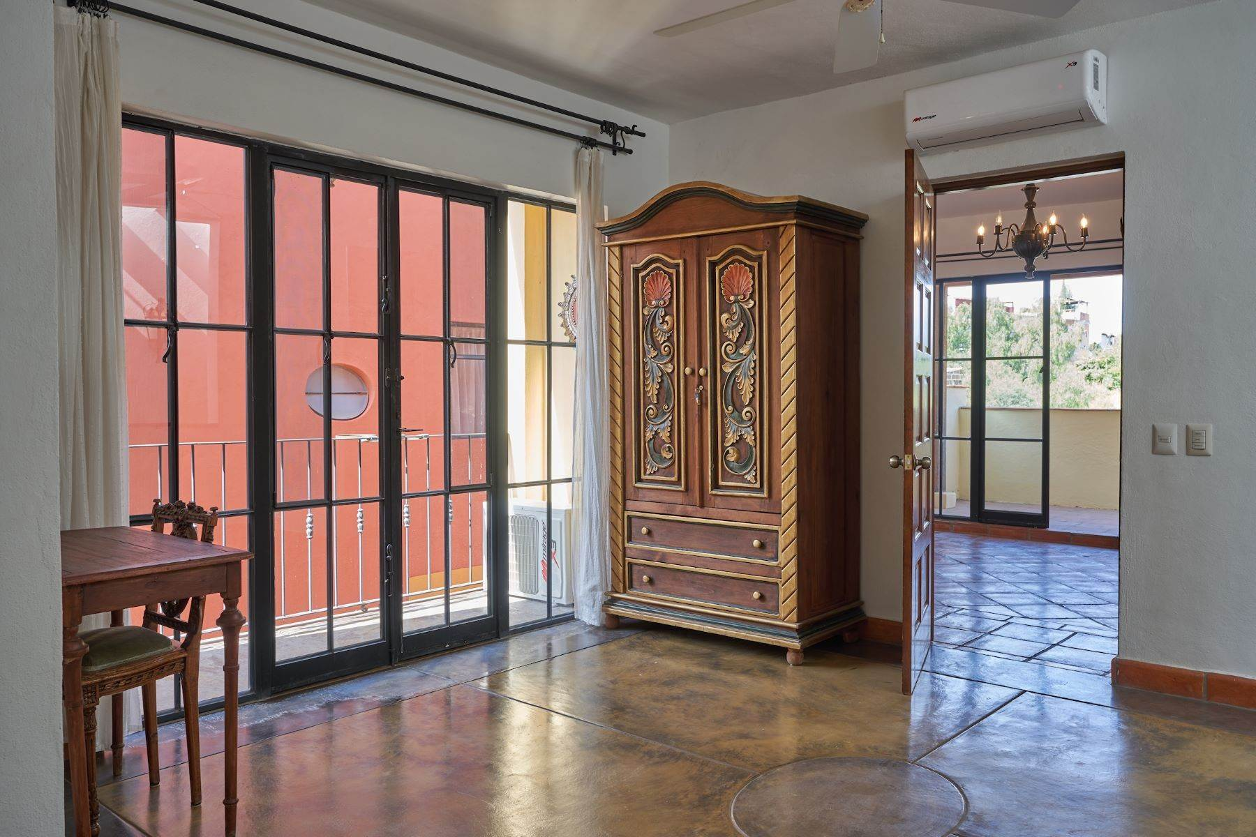28. Single Family Homes for Sale at Casa Alameda San Miguel De Allende, Guanajuato 37750 Mexico