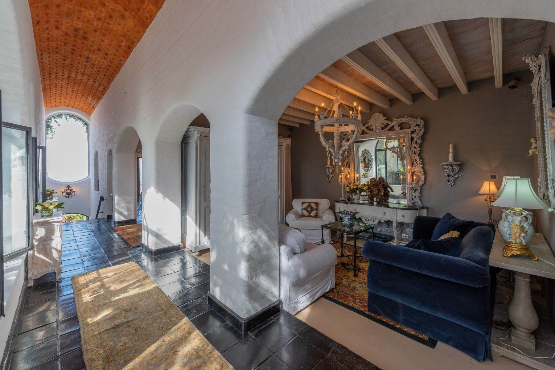 5. Single Family Homes for Sale at Casa Mi Besito Atascadero, San Miguel De Allende, Guanajuato Mexico