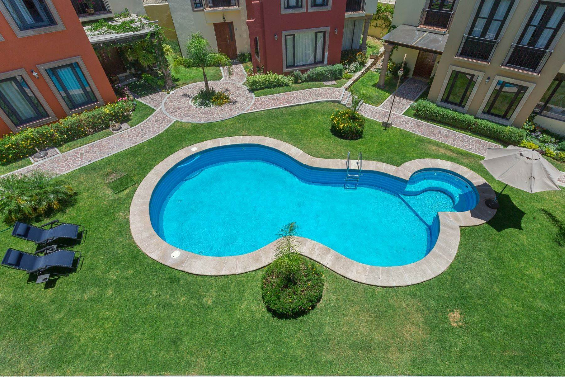 45. Single Family Homes for Sale at Villa Jardín Camino Norte, El Capricho San Miguel De Allende, Guanajuato 37700 Mexico