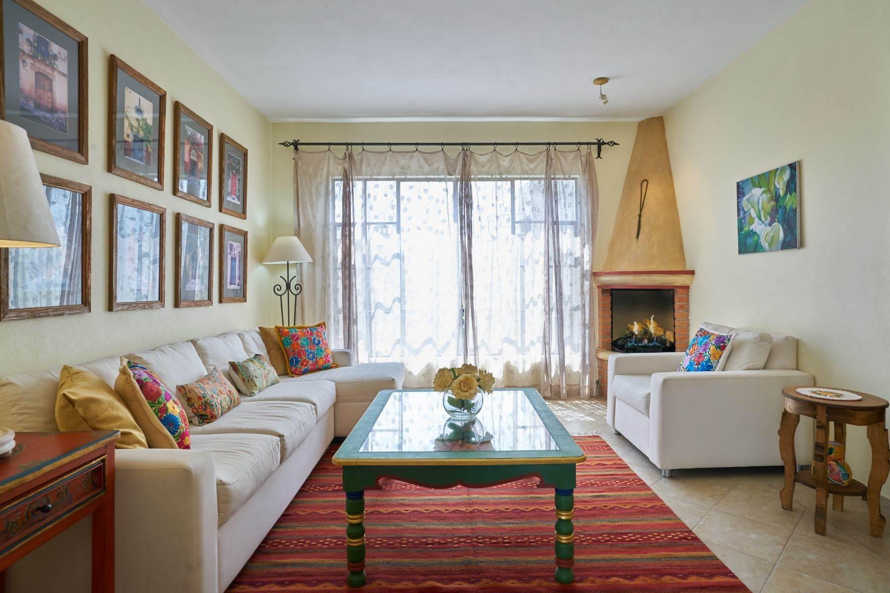 6. Condominiums for Sale at Casa Flores San Antonio, San Miguel De Allende, Guanajuato Mexico