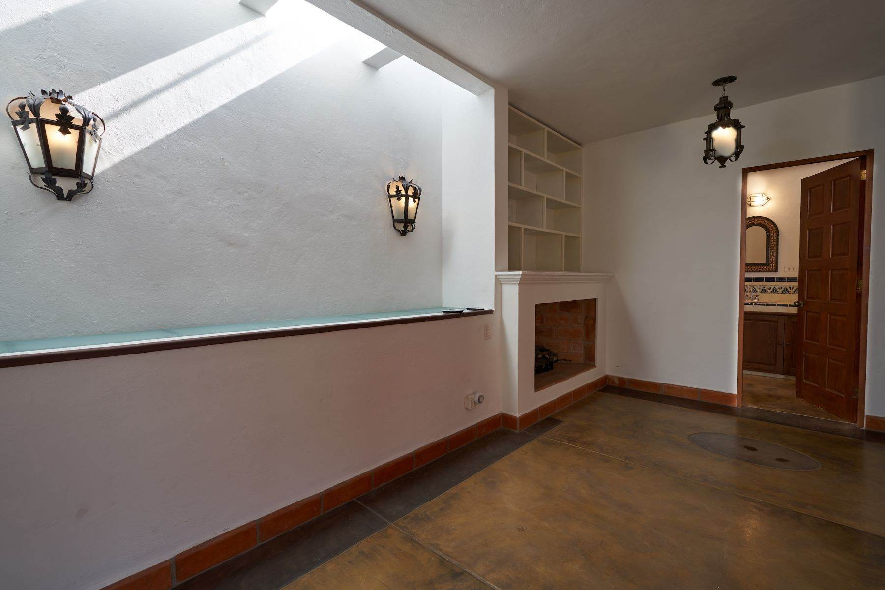 25. Single Family Homes for Sale at Casa Alameda San Miguel De Allende, Guanajuato 37750 Mexico