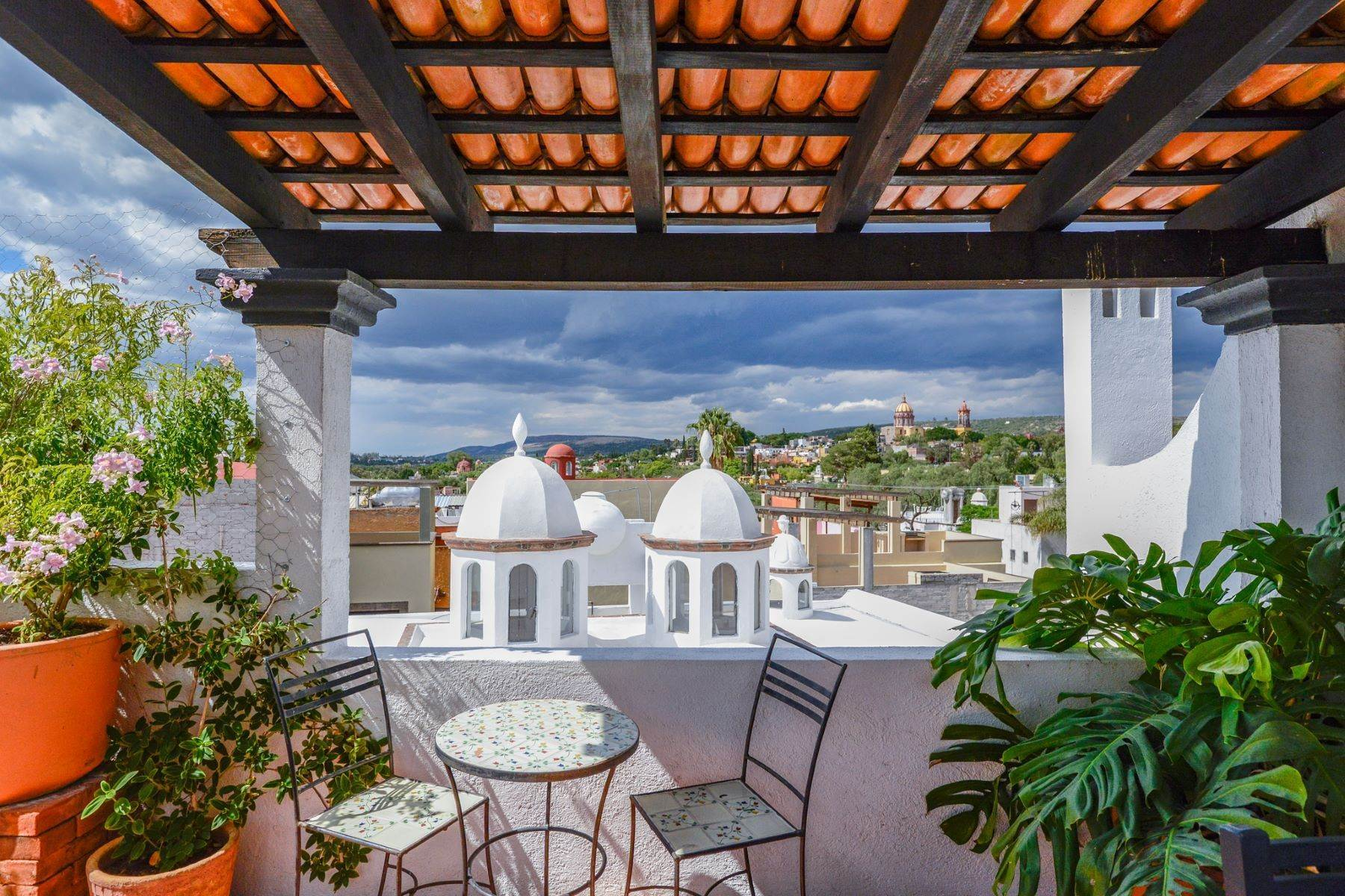 Single Family Homes for Sale at Casa Norte 20 de Enero Norte San Miguel De Allende, Guanajuato 37750 Mexico