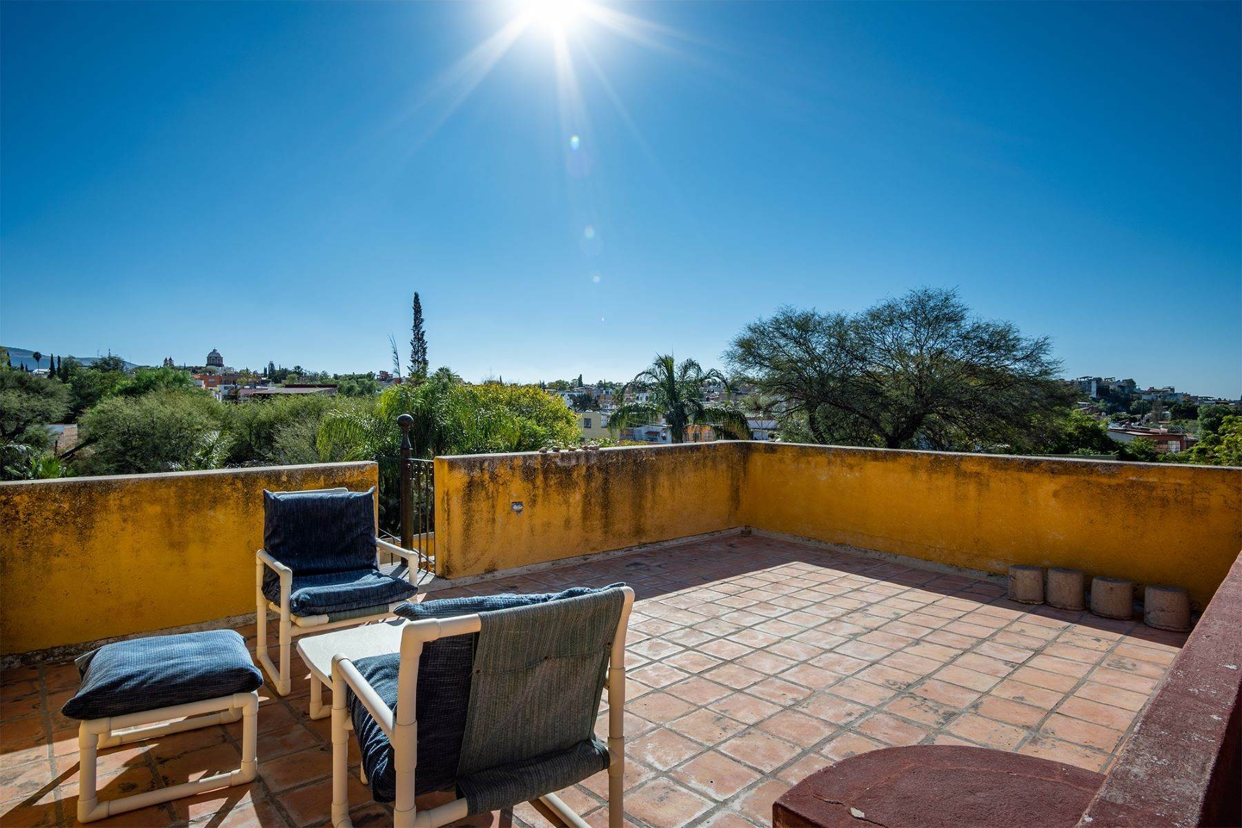 21. Single Family Homes for Sale at Pila Seca 2B, Centro Histórico San Miguel De Allende, Guanajuato 37700 Mexico
