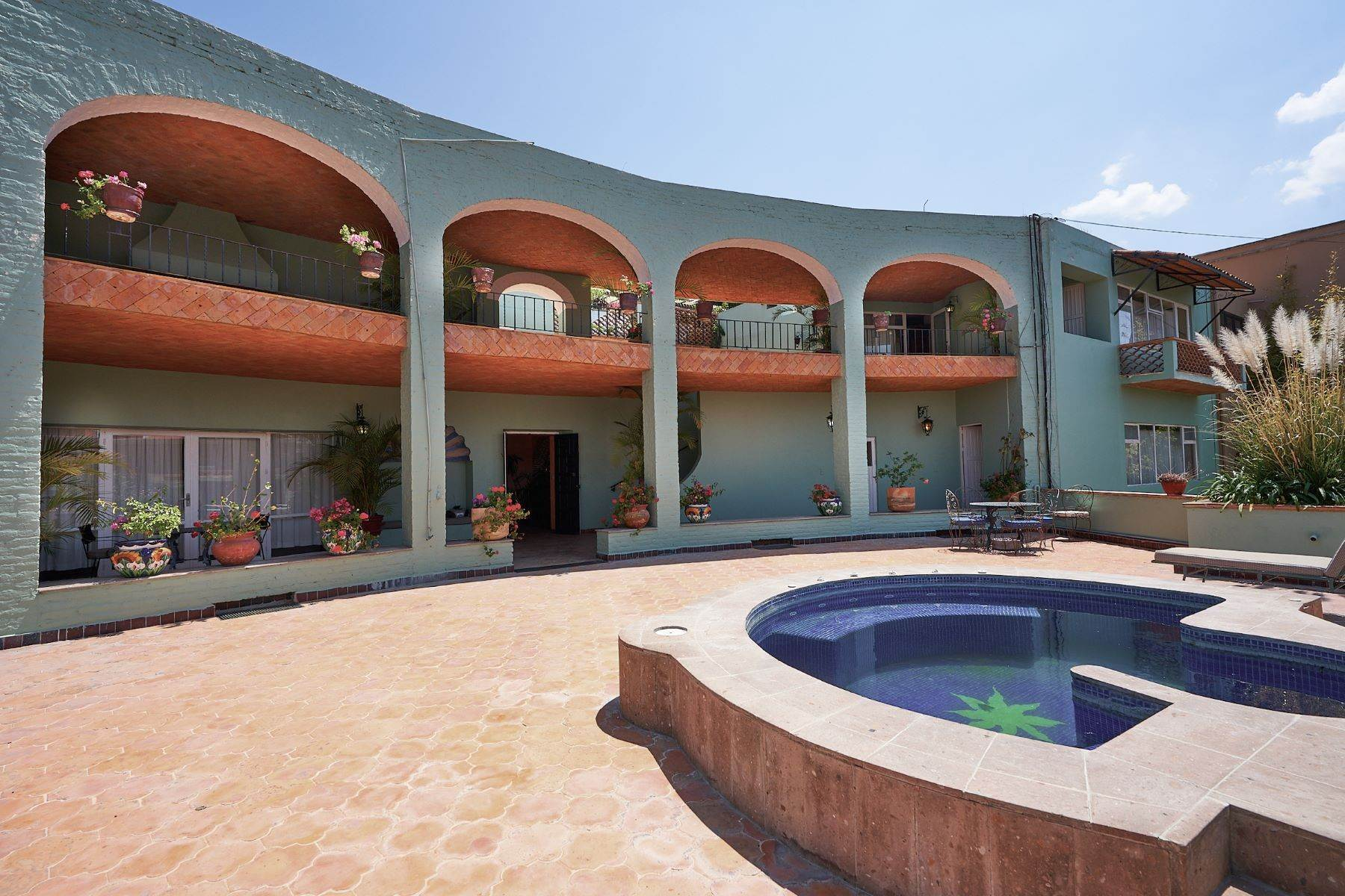 Single Family Homes for Sale at Faroles 10 San Miguel De Allende, Guanajuato 37740 Mexico