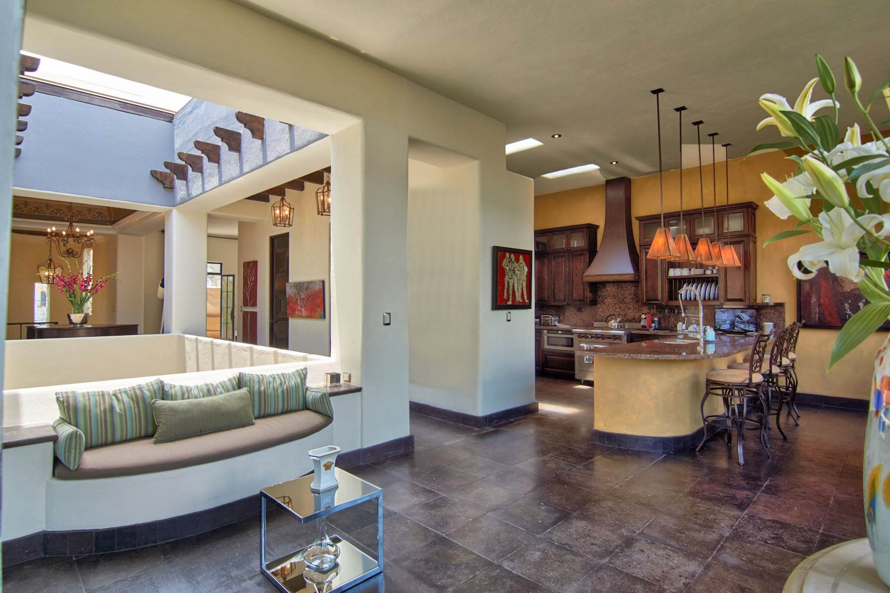 8. Single Family Homes for Sale at Casa Shangri-La Moras 3 B San Miguel De Allende, Guanajuato 37700 Mexico