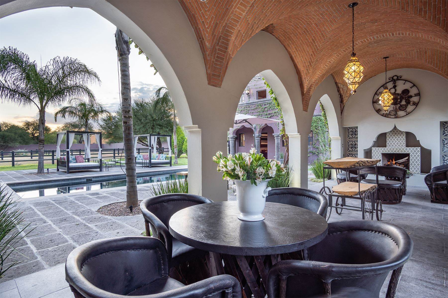 31. Single Family Homes for Sale at Hacienda Cielo Country Property in Atotonilco San Miguel De Allende, Guanajuato 37893 Mexico