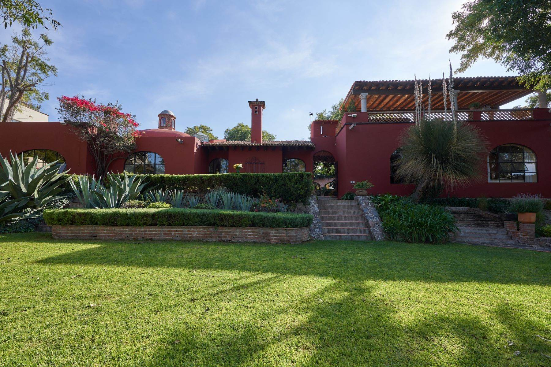 15. Single Family Homes for Sale at Casa de la Luz San Miguel De Allende, Guanajuato 37700 Mexico