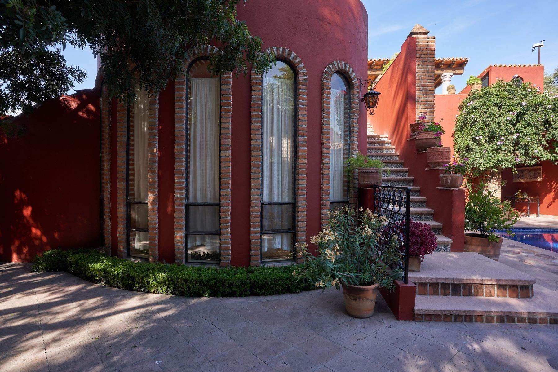 12. Single Family Homes for Sale at Casa de la Luz San Miguel De Allende, Guanajuato 37700 Mexico