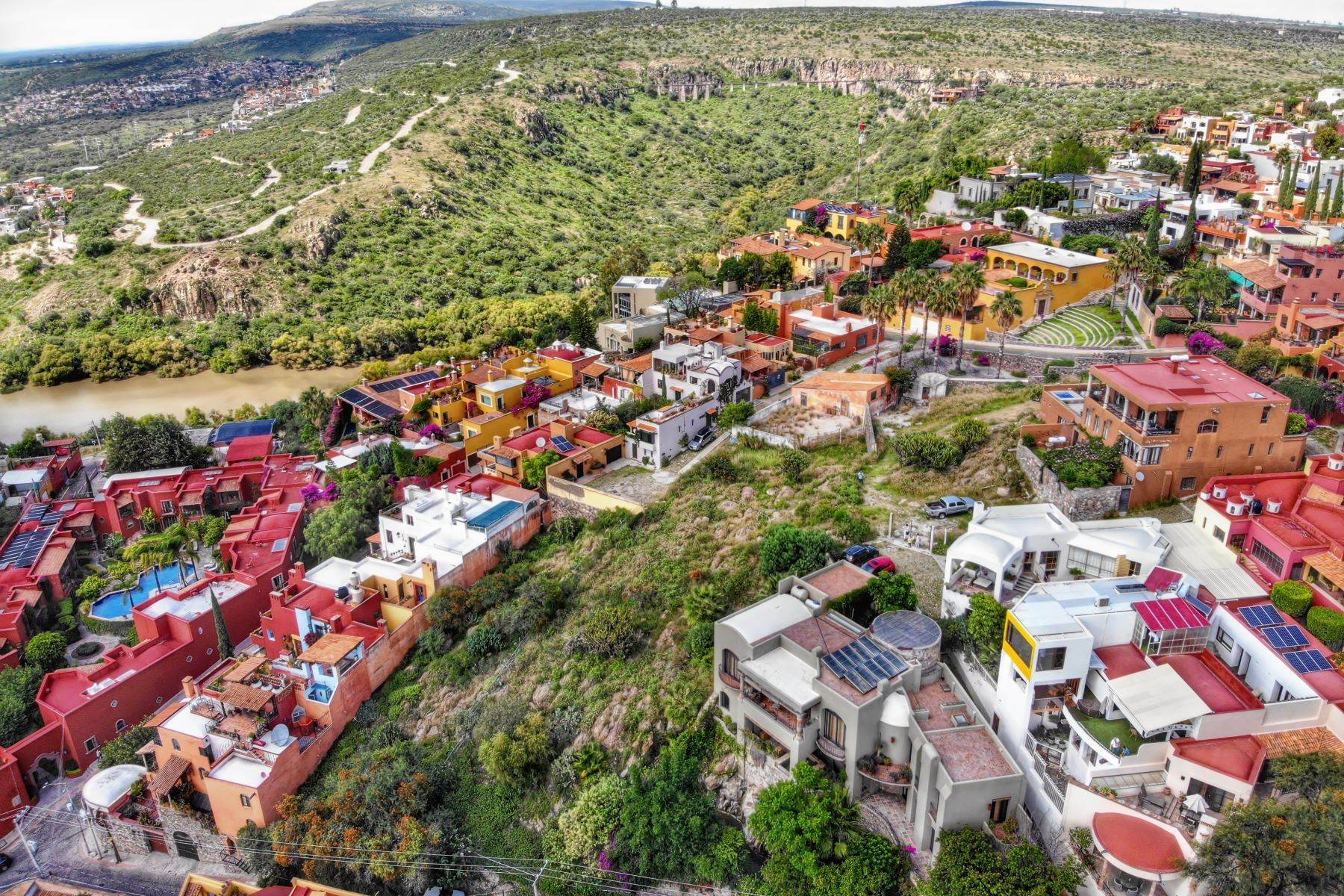 12. Land for Sale at Balcones Lot Del Foro s/n San Miguel De Allende, Guanajuato 37720 Mexico